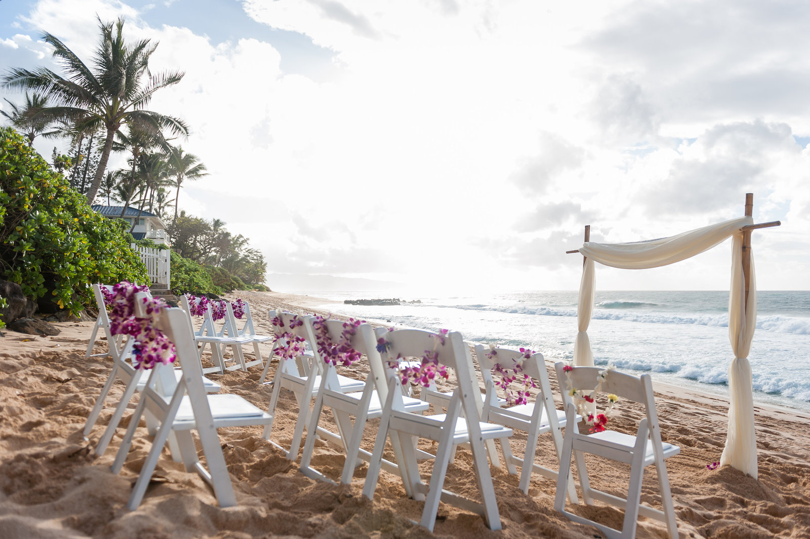 Candy-and-Dave-Hawaii-Wedding-Melissa-Desjardins-Photography-1