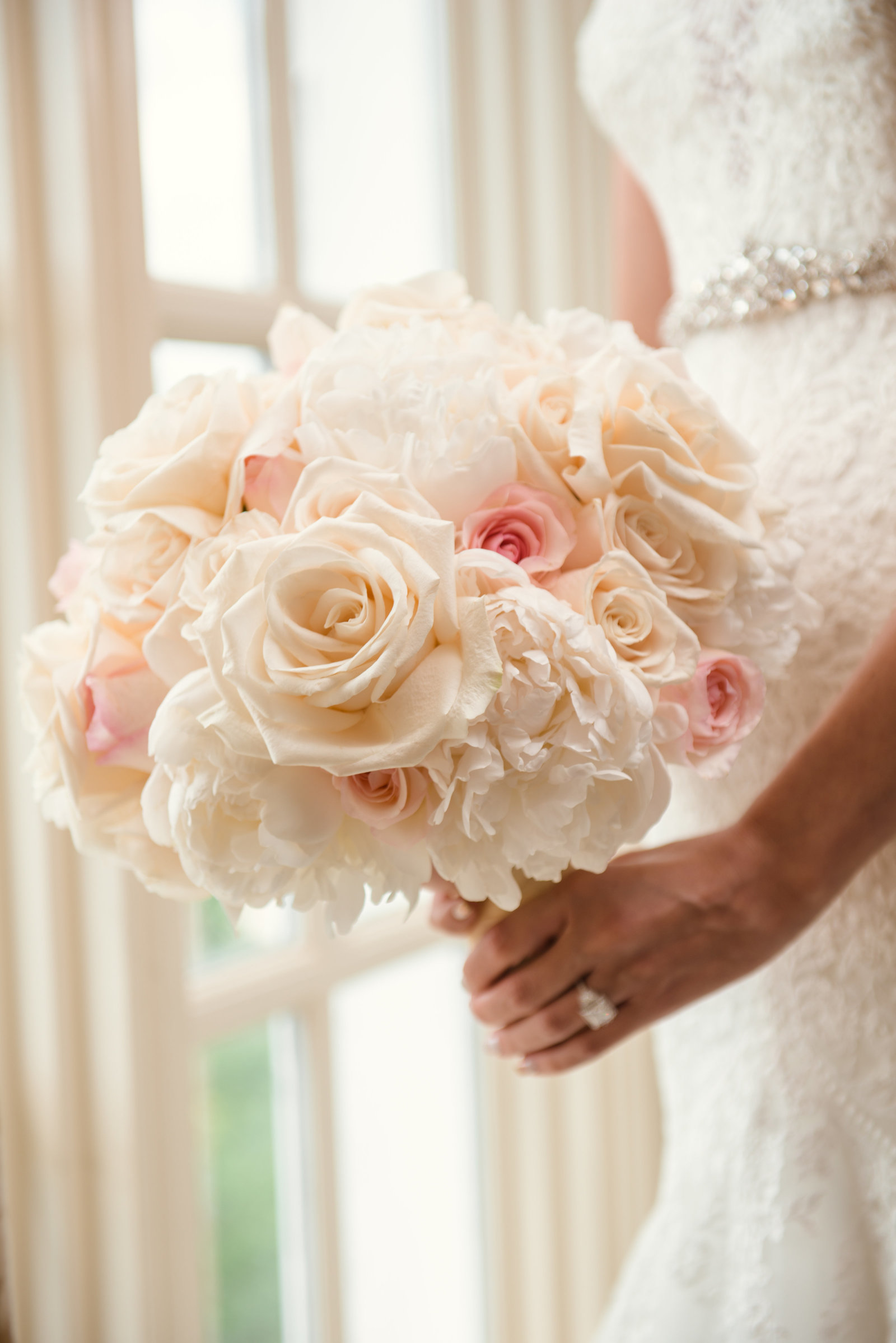 Bridal floral bouquet at Glen Cove Mansion