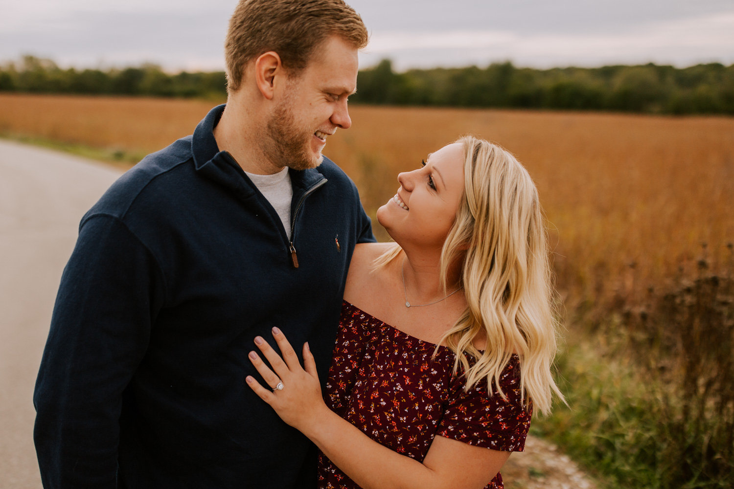 Cozy-Autumn-Engagement-Session-Prophetstown-2