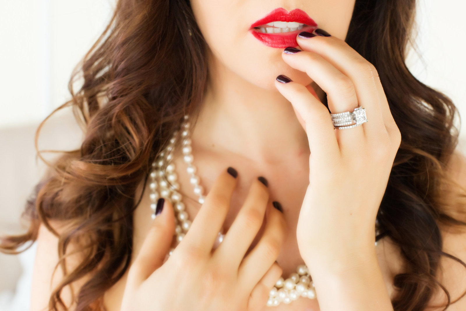 red lips boudoir, boudoir photography az