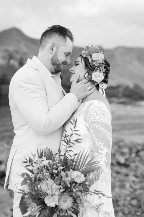 W0518_Dugan_Olowalu-Plantation_Maui-Wedding-Photographer_Caitlin-Cathey-Photo_2870-b&w