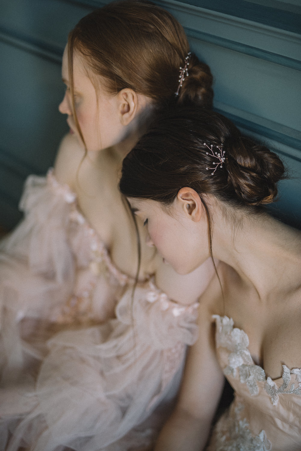 JoanneFlemingDesign-blush-tulle-romantic-wedding-dress-DavidWickhamPhoto (4)