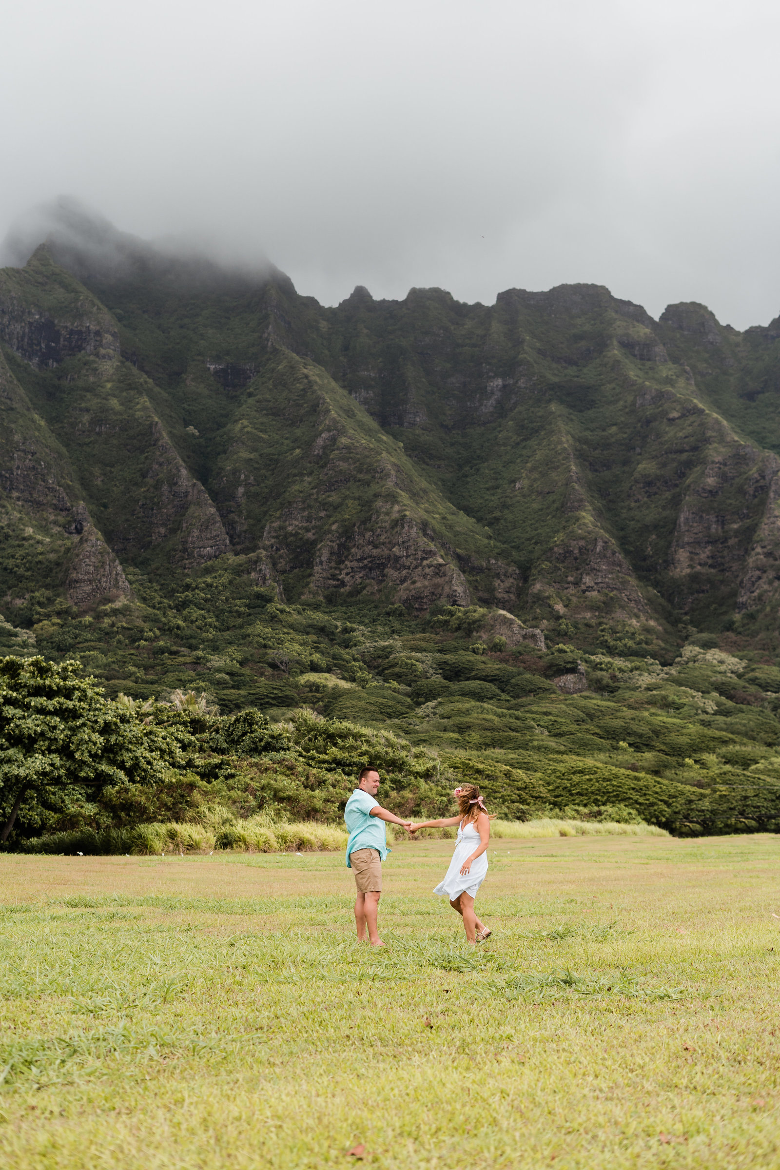 kualoa-ranch-hawaii-family-photo-session-walkers-sydney-and-ryan-photography-17