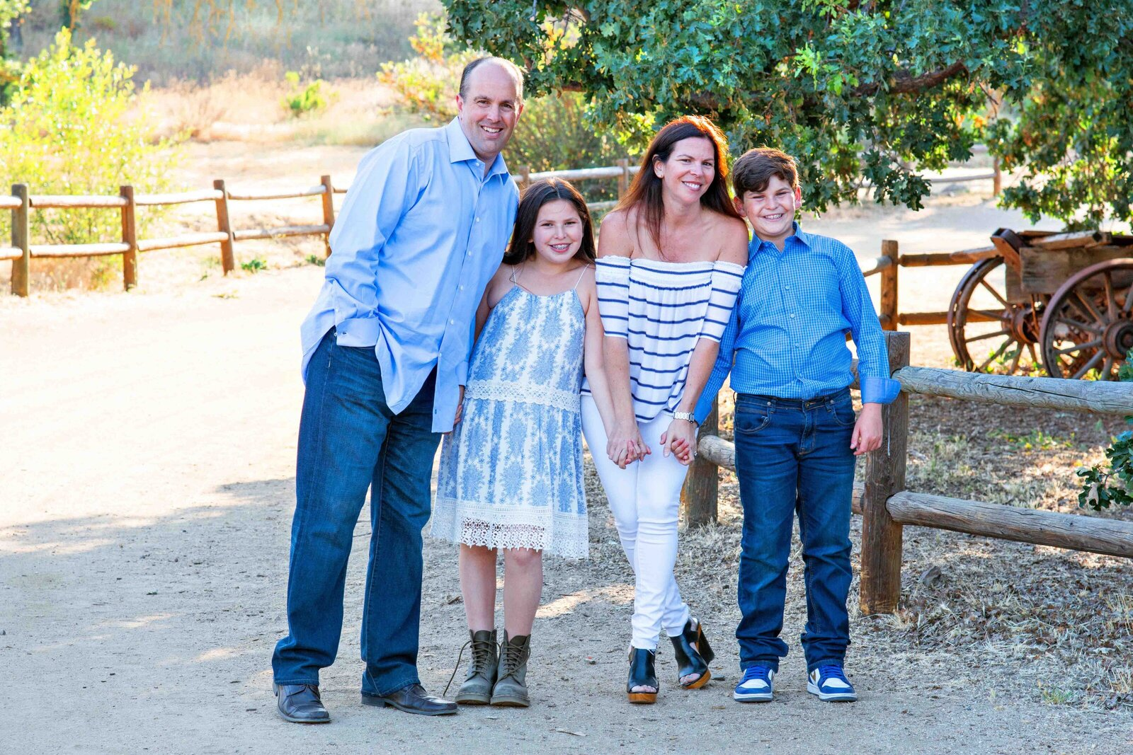 Maria-McCarthy-Photography-Paramount-Ranch-family-portrait