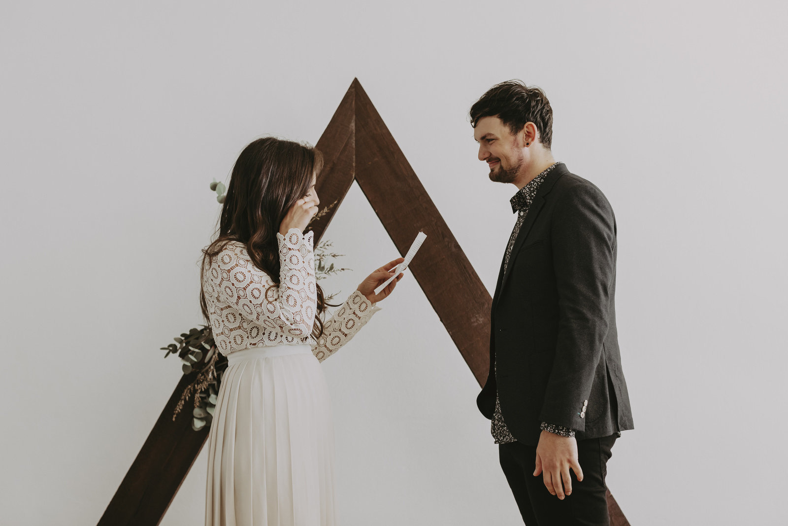 athena-and-camron-sydney-wedding-boho-romance-james-simmons-photography-christian-couple-goals45