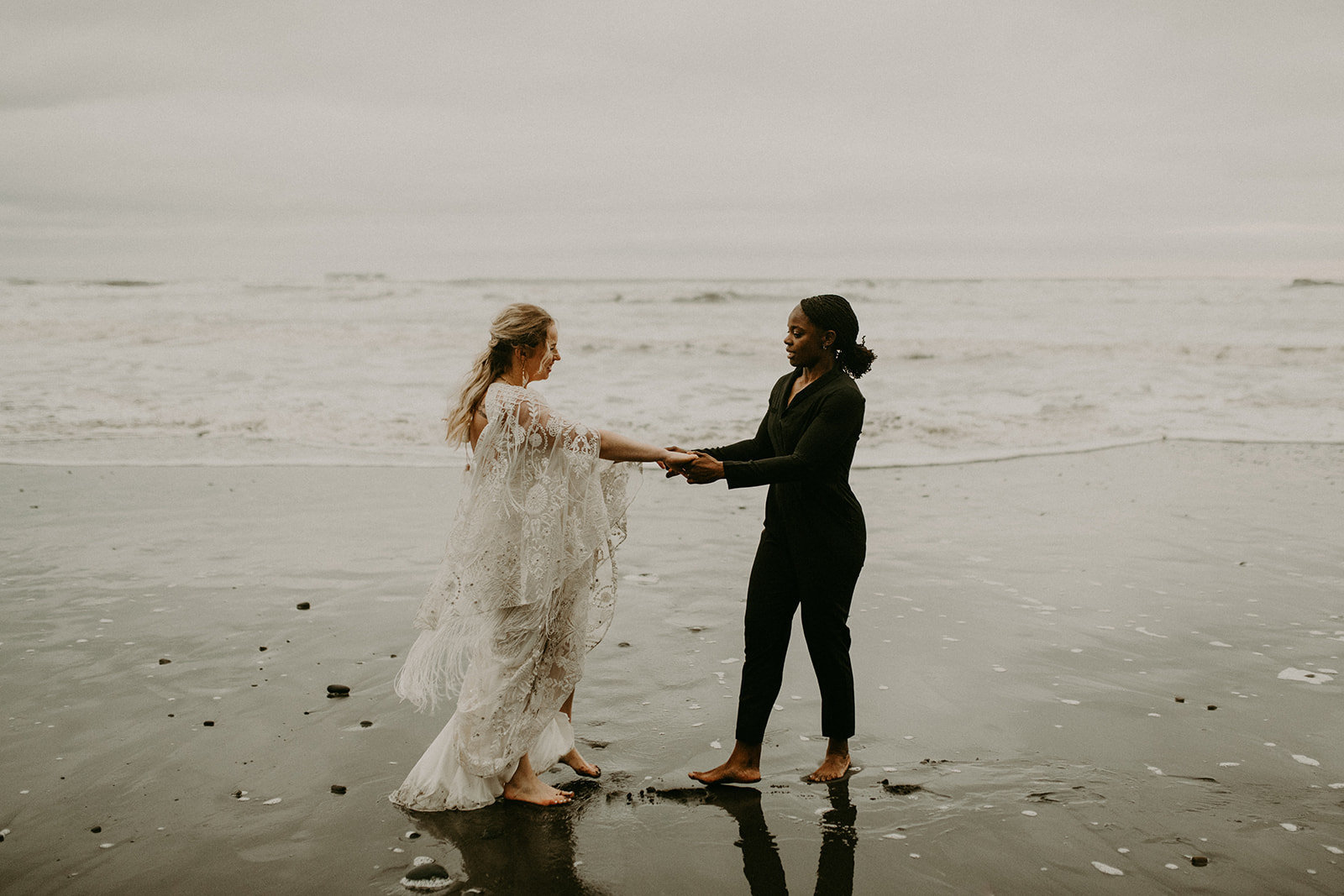 Ruby_Beach_Styled_Elopement_-_Run_Away_with_Me_Elopement_Collective_-_Kamra_Fuller_Photography_-_Portraits-174