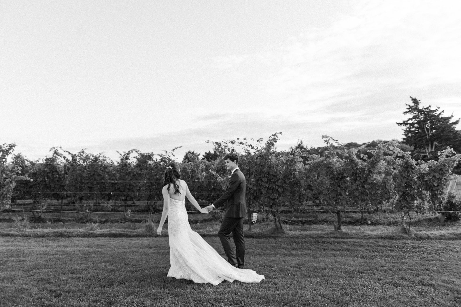 Saltwater Farm Vineyard Wedding_42
