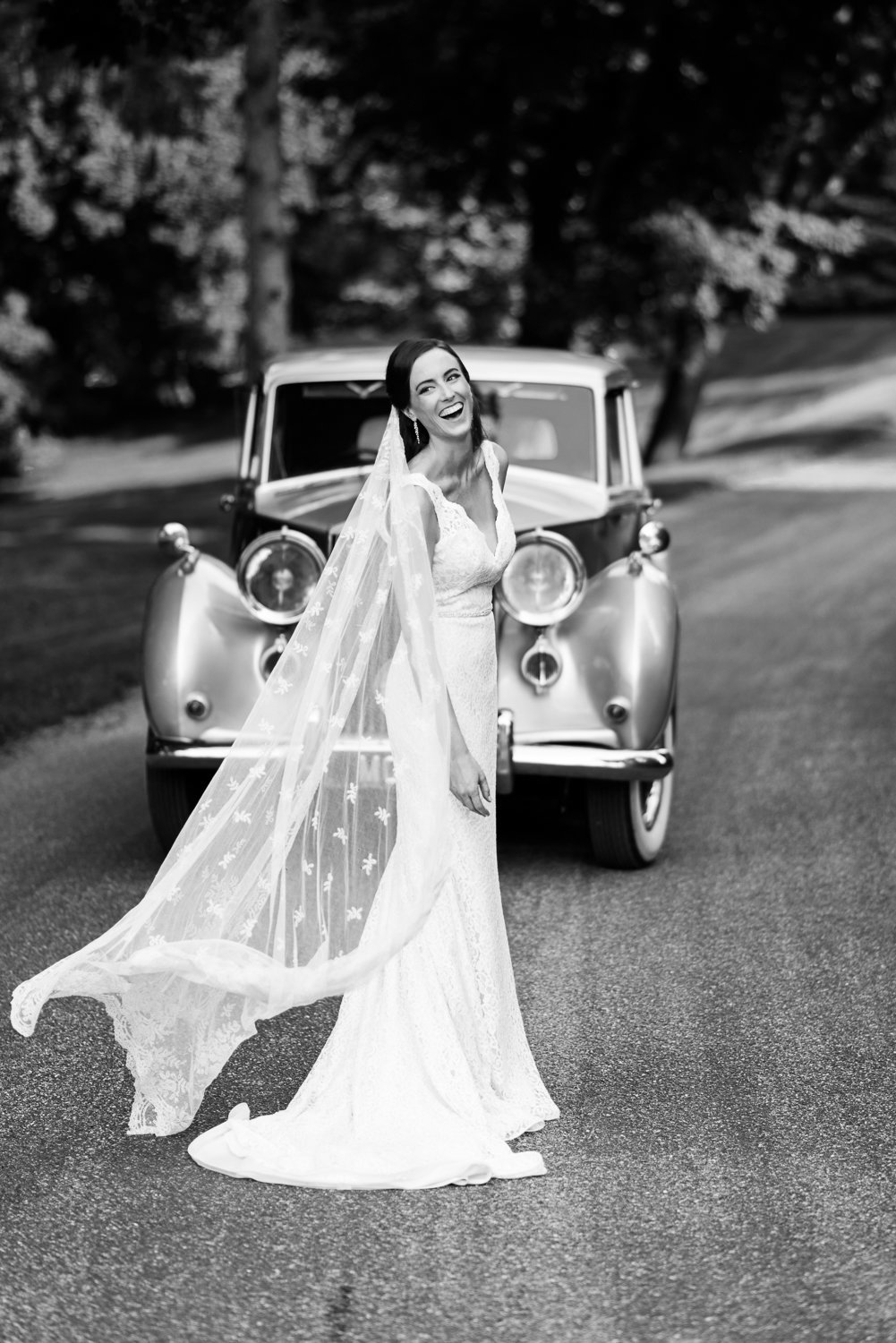 Bride with rolls royce