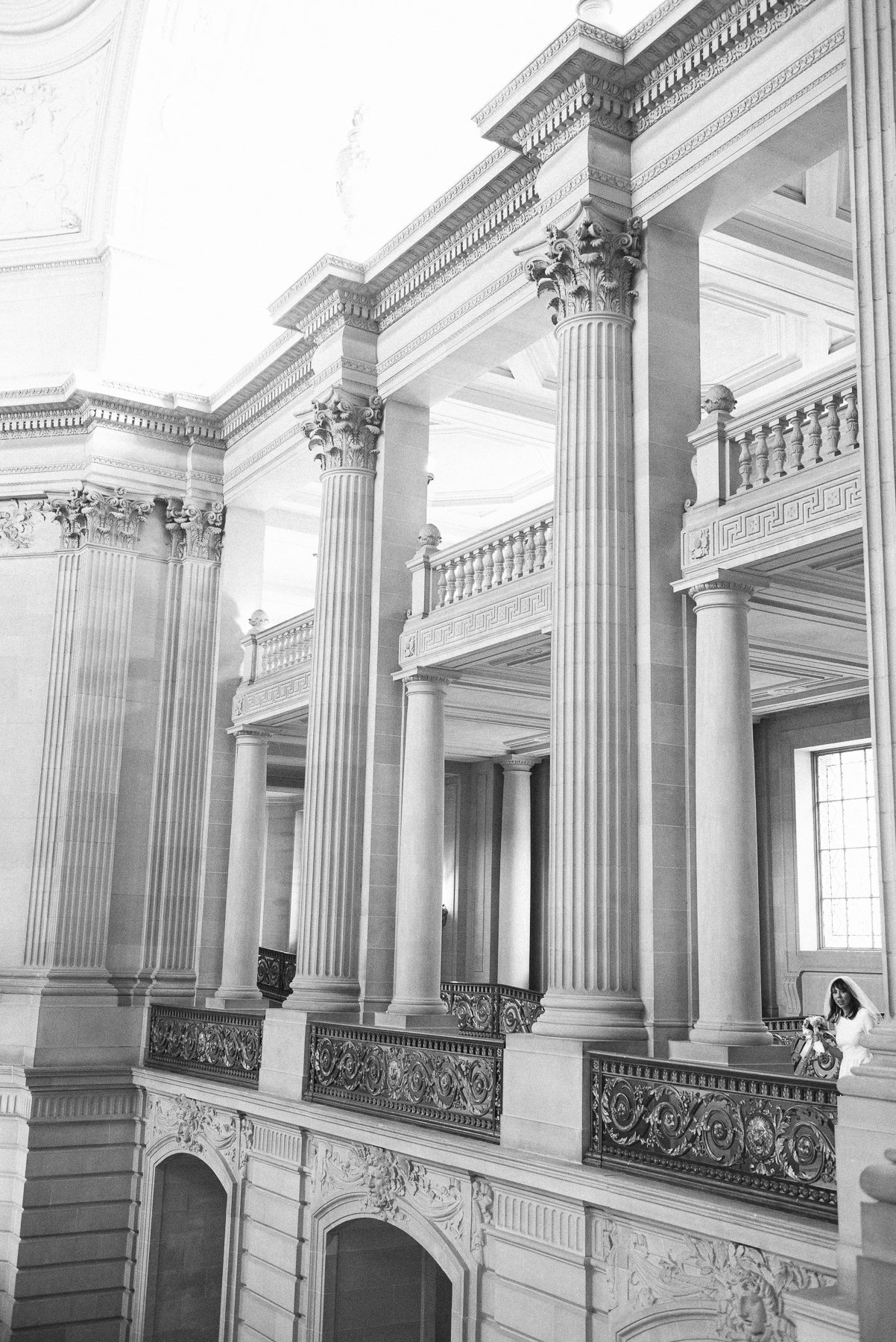 39-2MJ_1008-san-francisco-city-hall-wedding-michaela-joy-photography