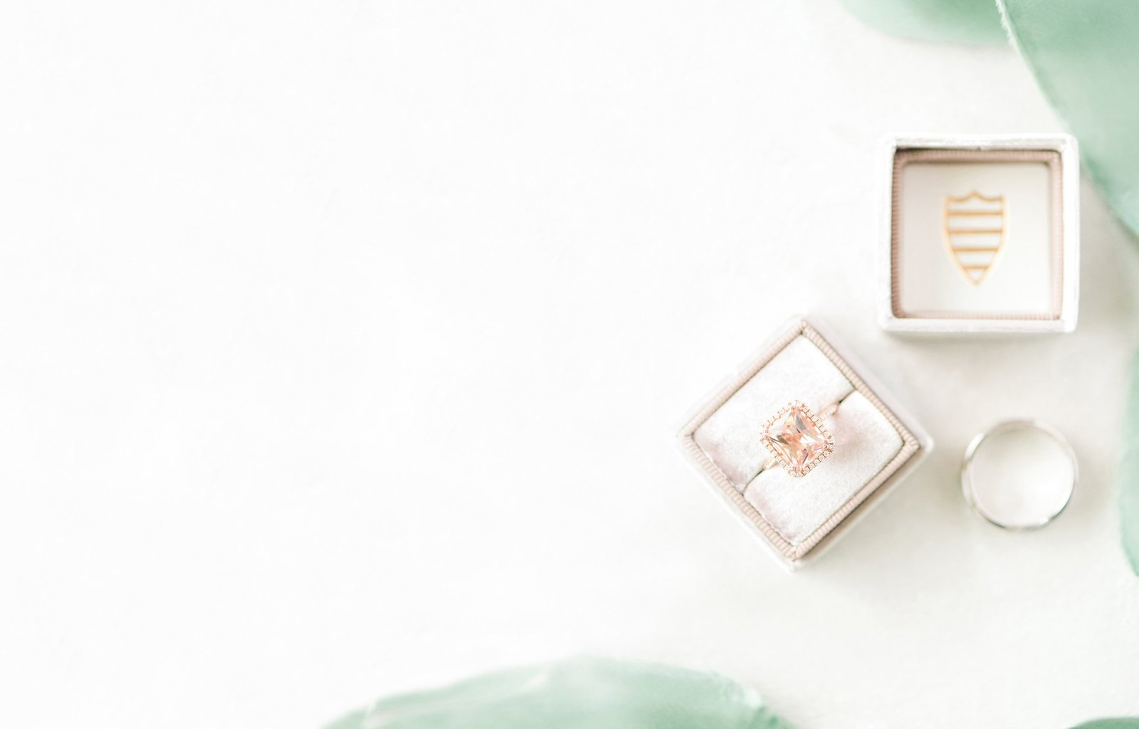 Gorgeous rose gold diamond ring with Mrs. Ring boxes