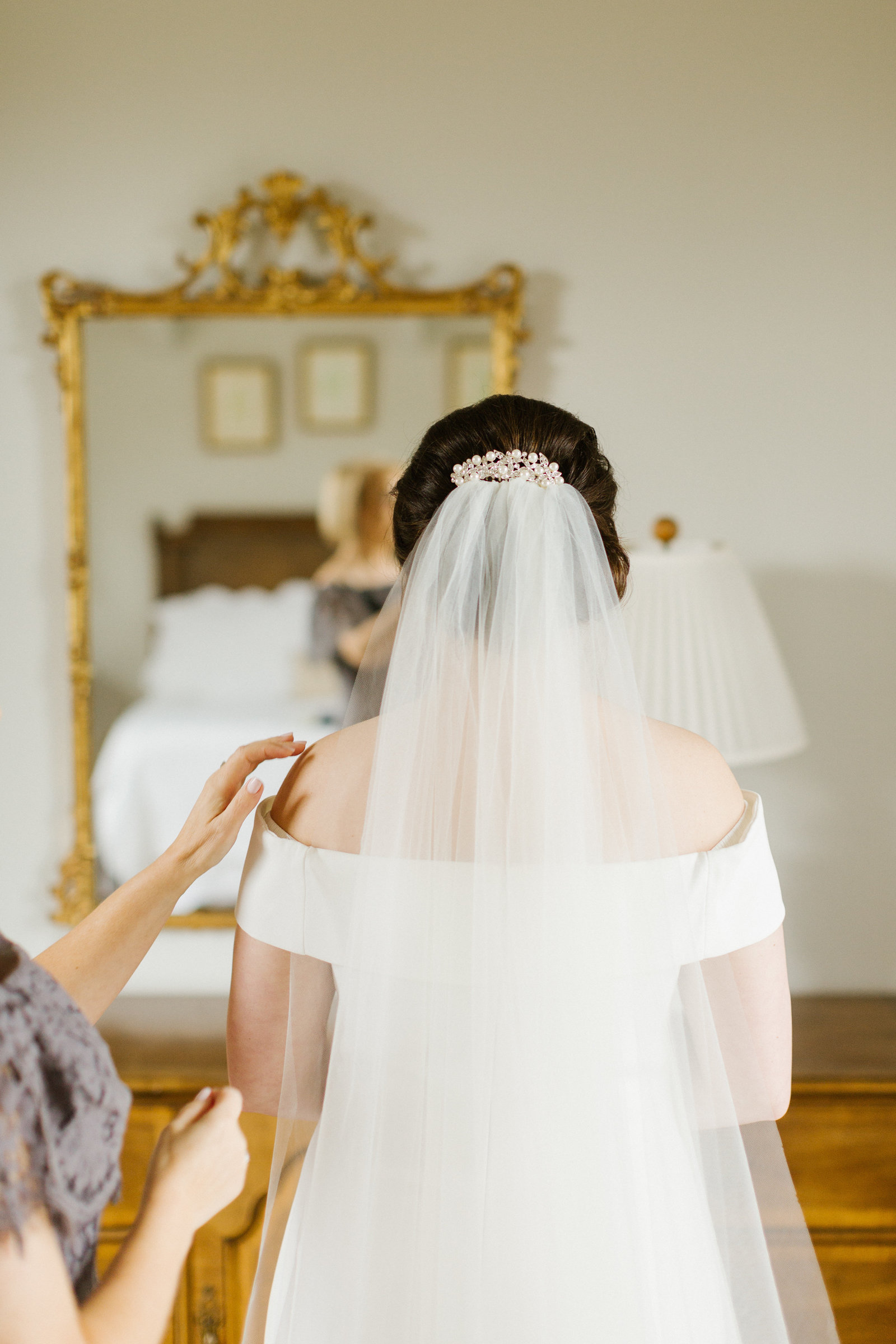 01_Bride-Getting-Ready_154