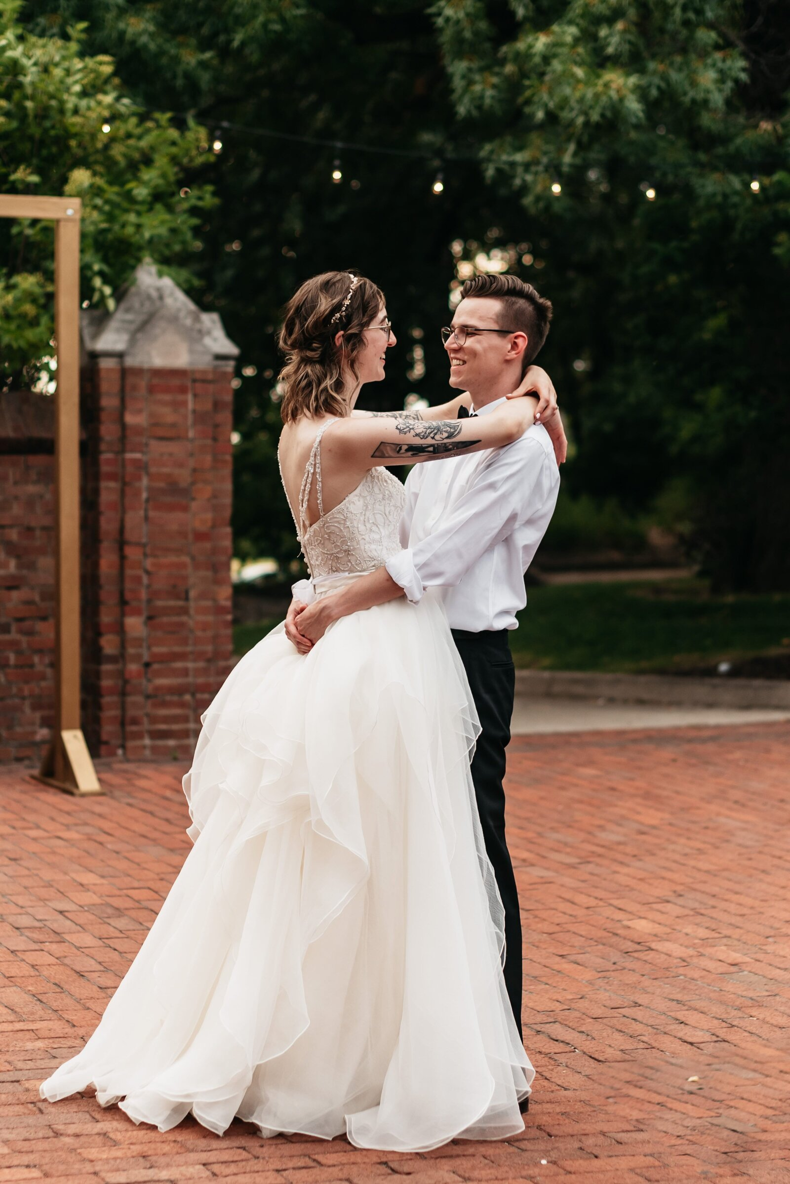 Rollins Mansion Des Moines Iowa Wedding Photographer-52-min
