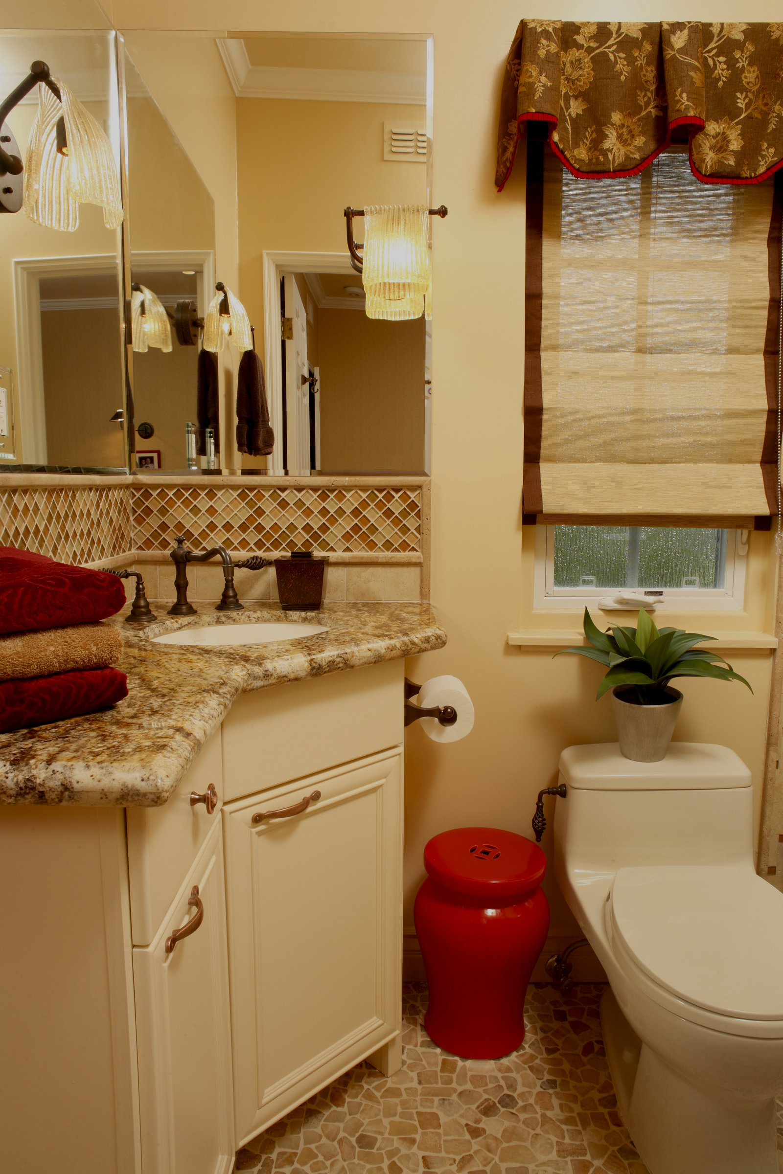 Red and Gold Compact Guest Bath Design