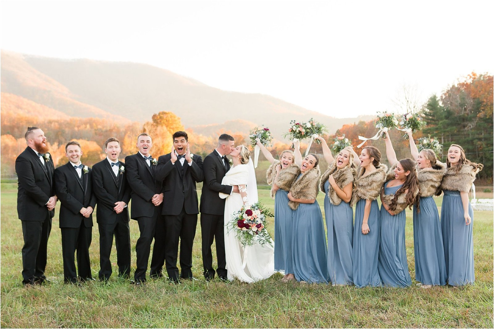 akingslodgeweddingpigeonforgeweddingsmokymountainsweddingmikayleeandian102158