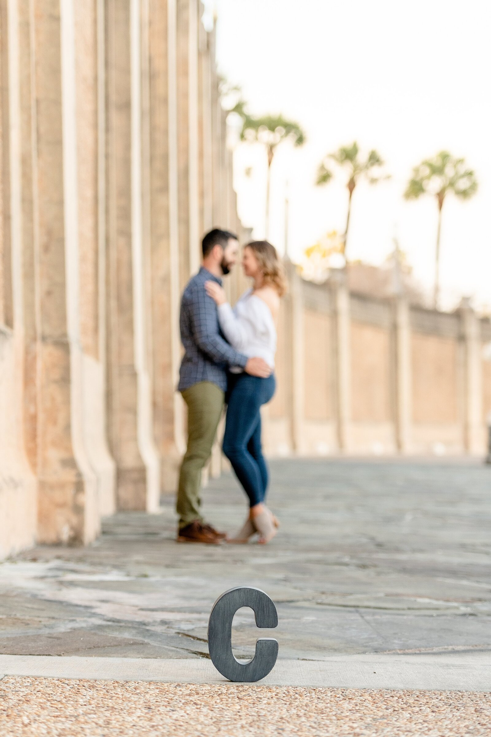 Outdoor engagement photos in Florida