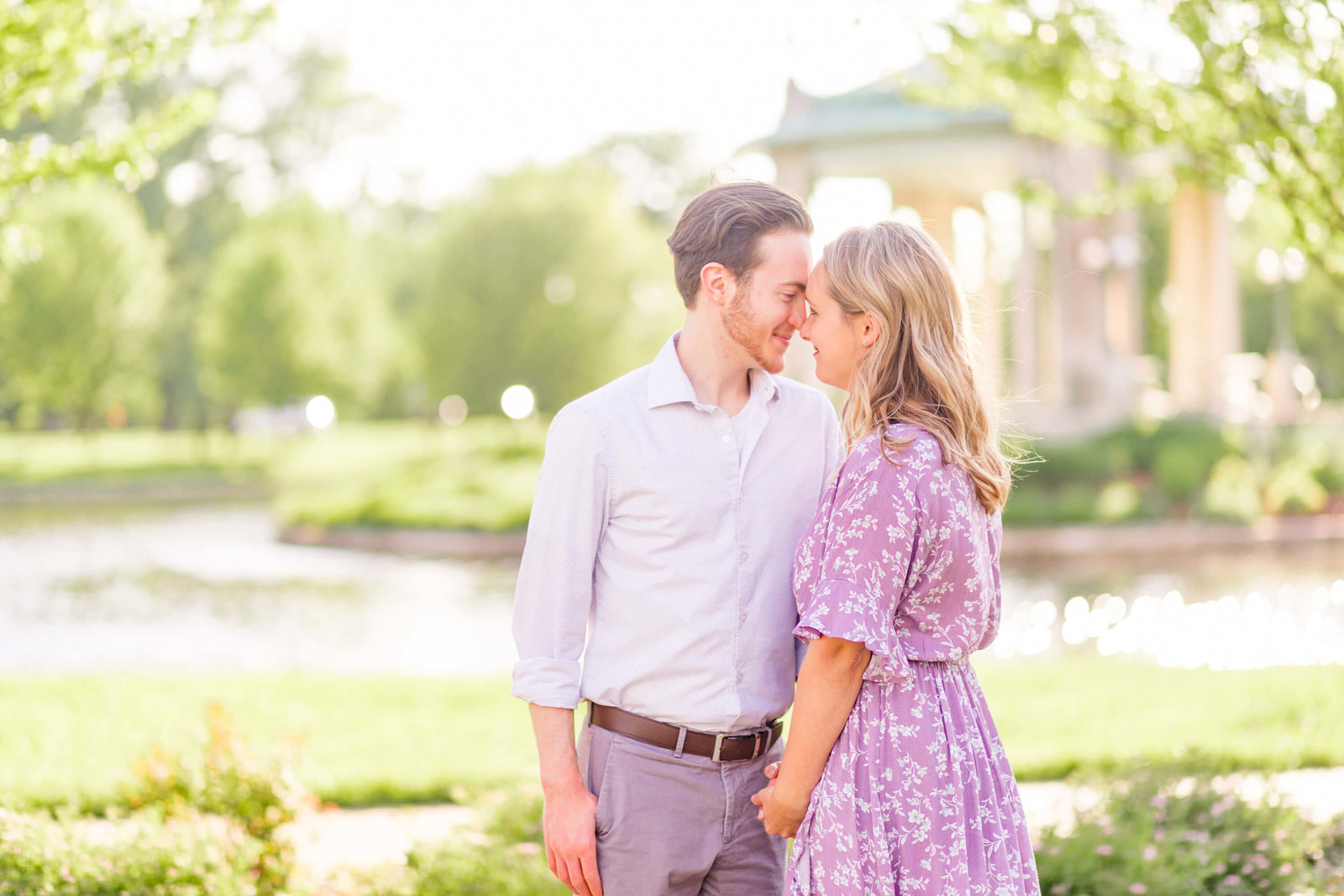 st-louis-wedding-photographer-forest-park-engagement-session-romantic-willow-tree00004