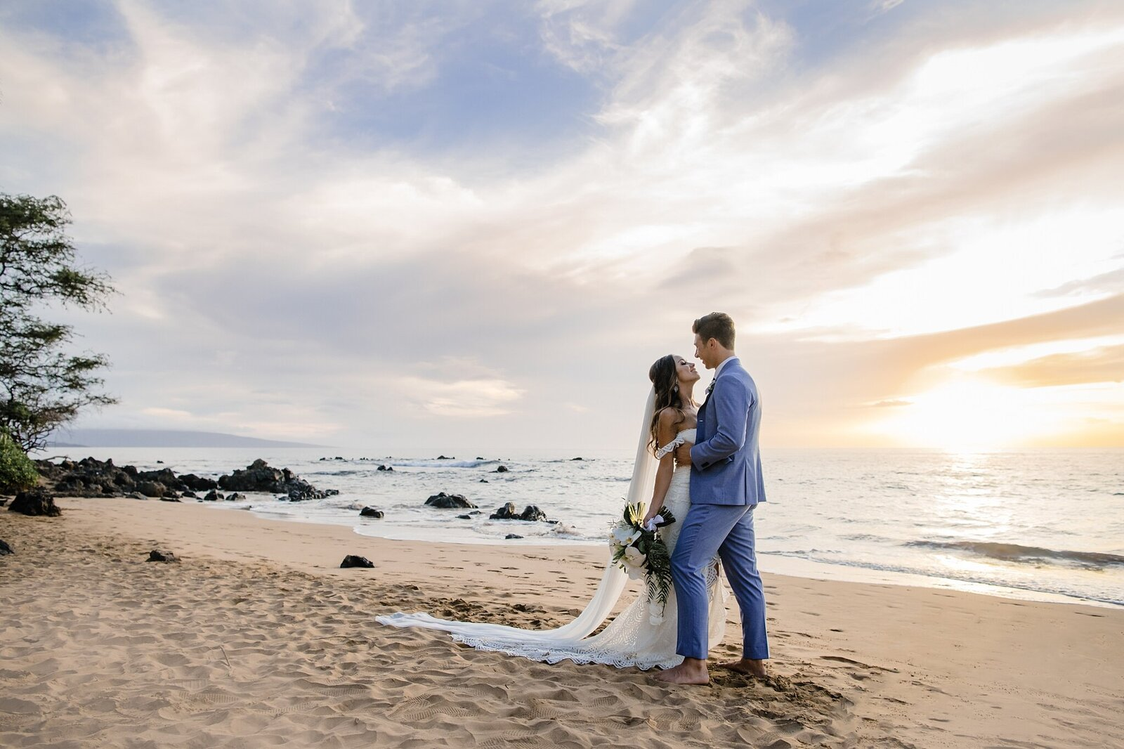 sunset wedding in maui