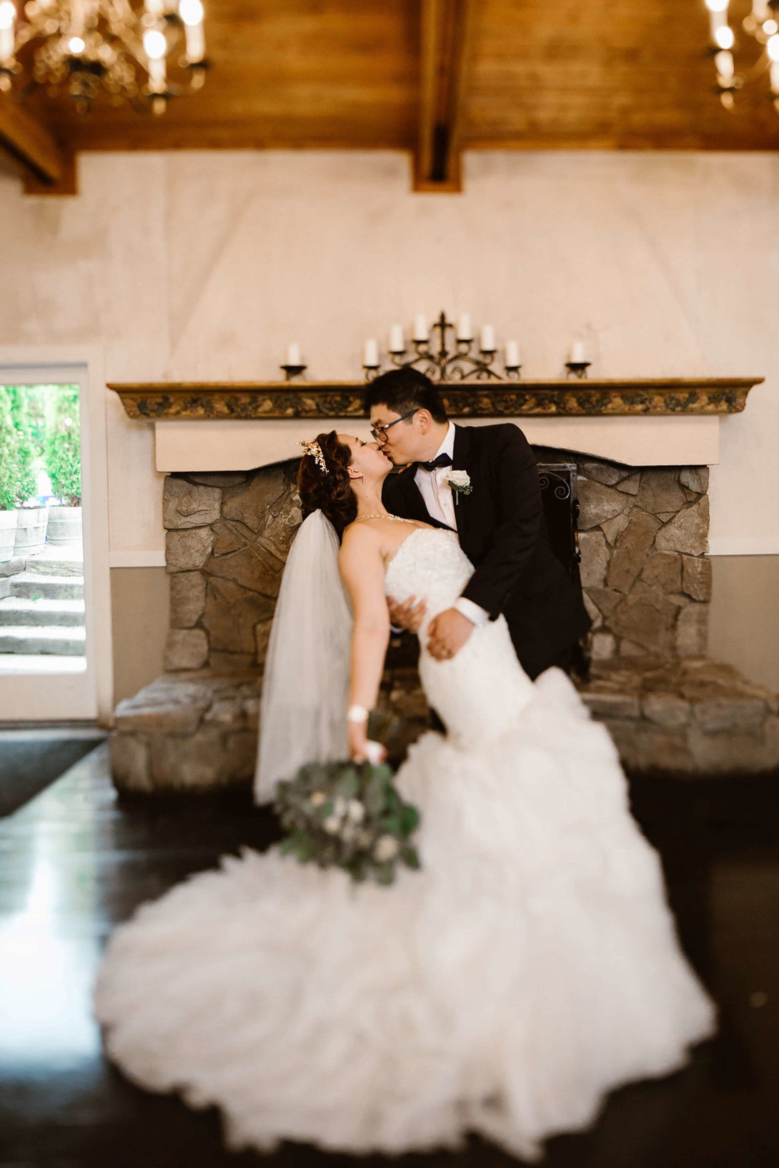 Qian+Jackson_DeLille_Cellars_Woodinville_wedding_by_Adina_Preston_Weddings266