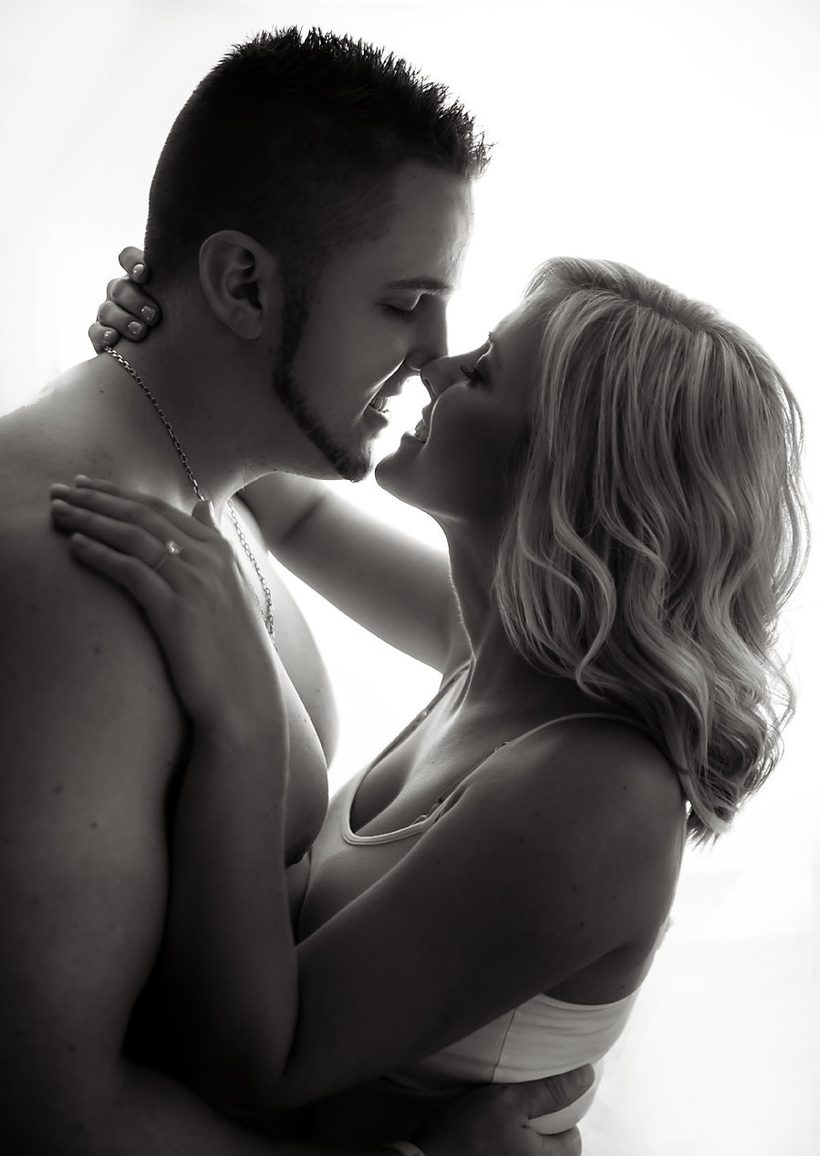Boudoir couples photography-Lake Tapps2