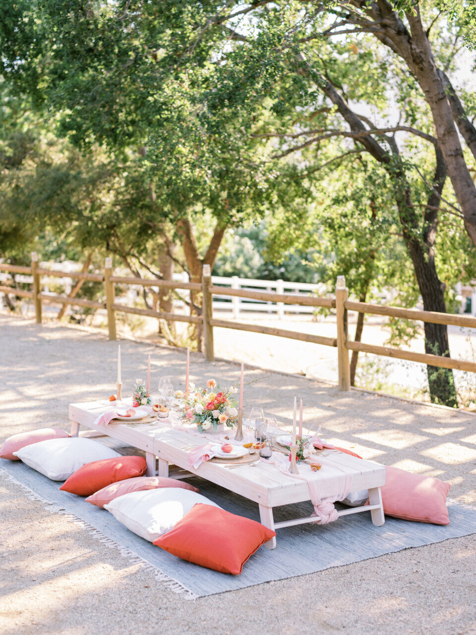 Peach_Tablescape_Picnic_Wedding_Malibu