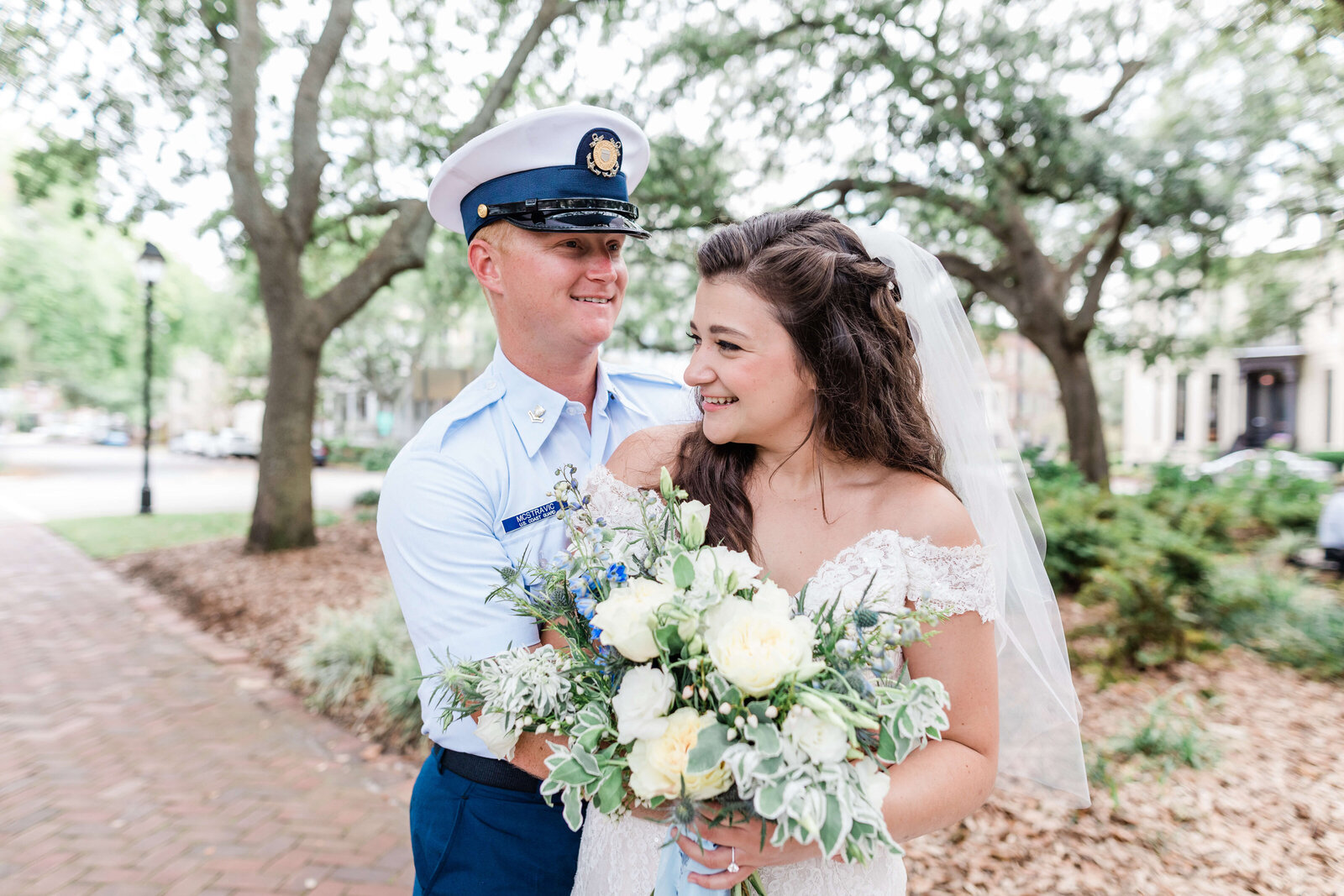 savannah-elopement-package-apt-b-photography-elopement-photography-elopement-photographer-ivory-and-beau-florist-12