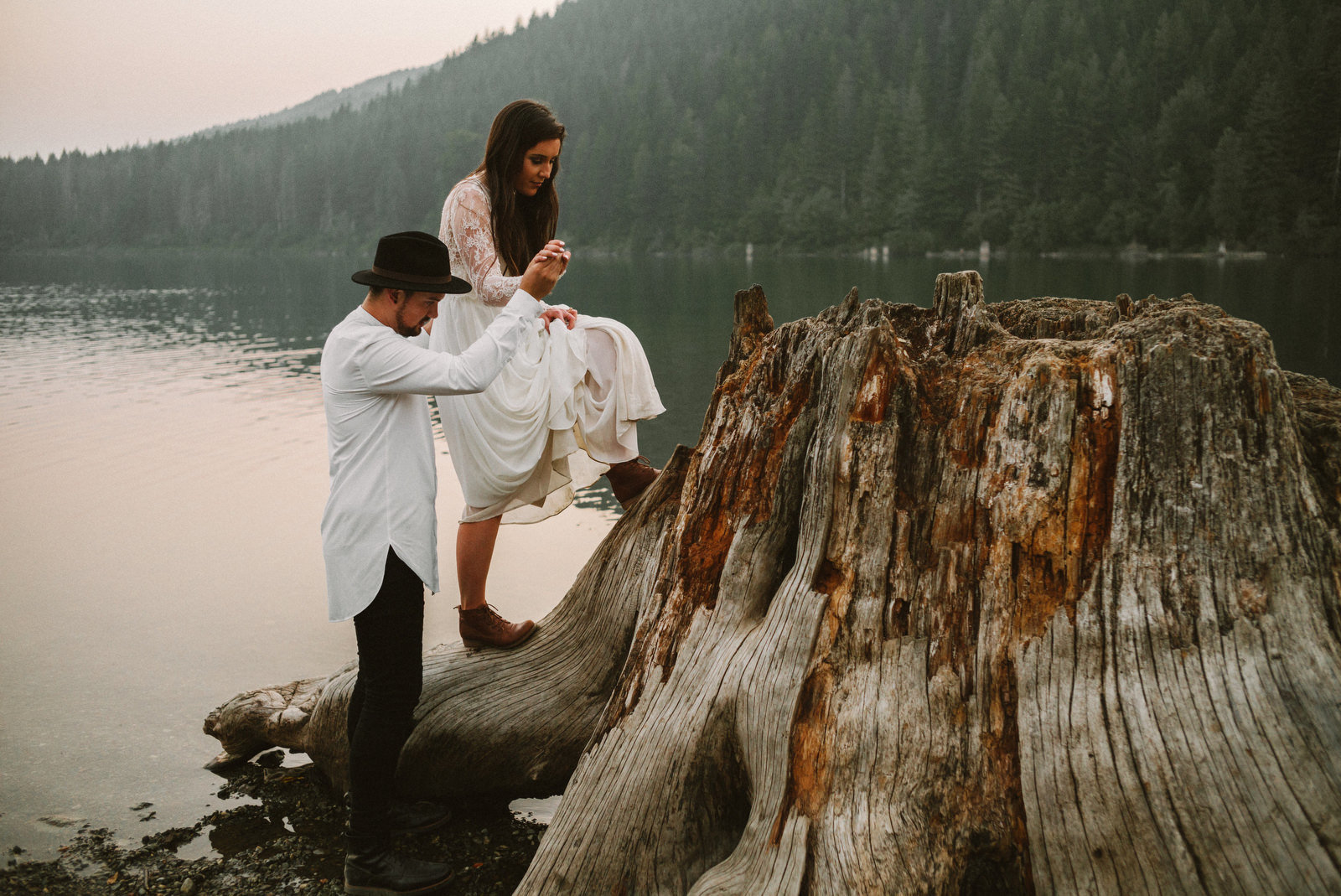 athena-and-camron-seattle-elopement-wedding-benj-haisch-rattlesnake-lake-christian-couple-goals85