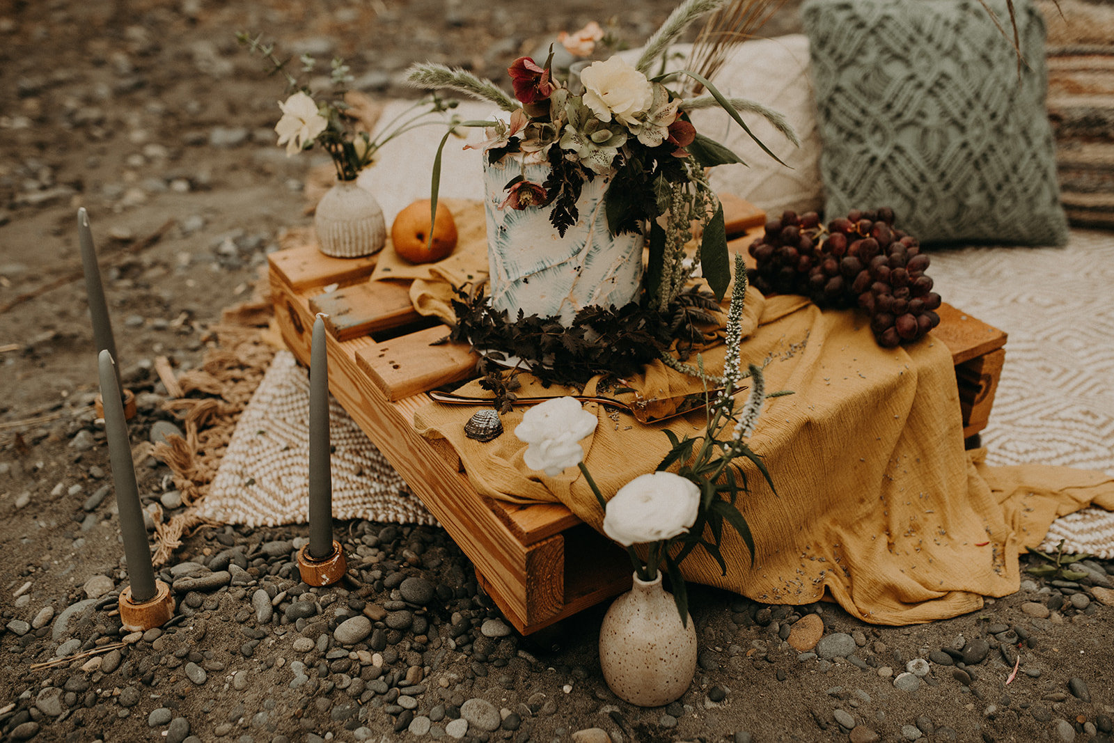 Ruby_Beach_Styled_Elopement_-_Run_Away_with_Me_Elopement_Collective_-_Kamra_Fuller_Photography_-_Details-19