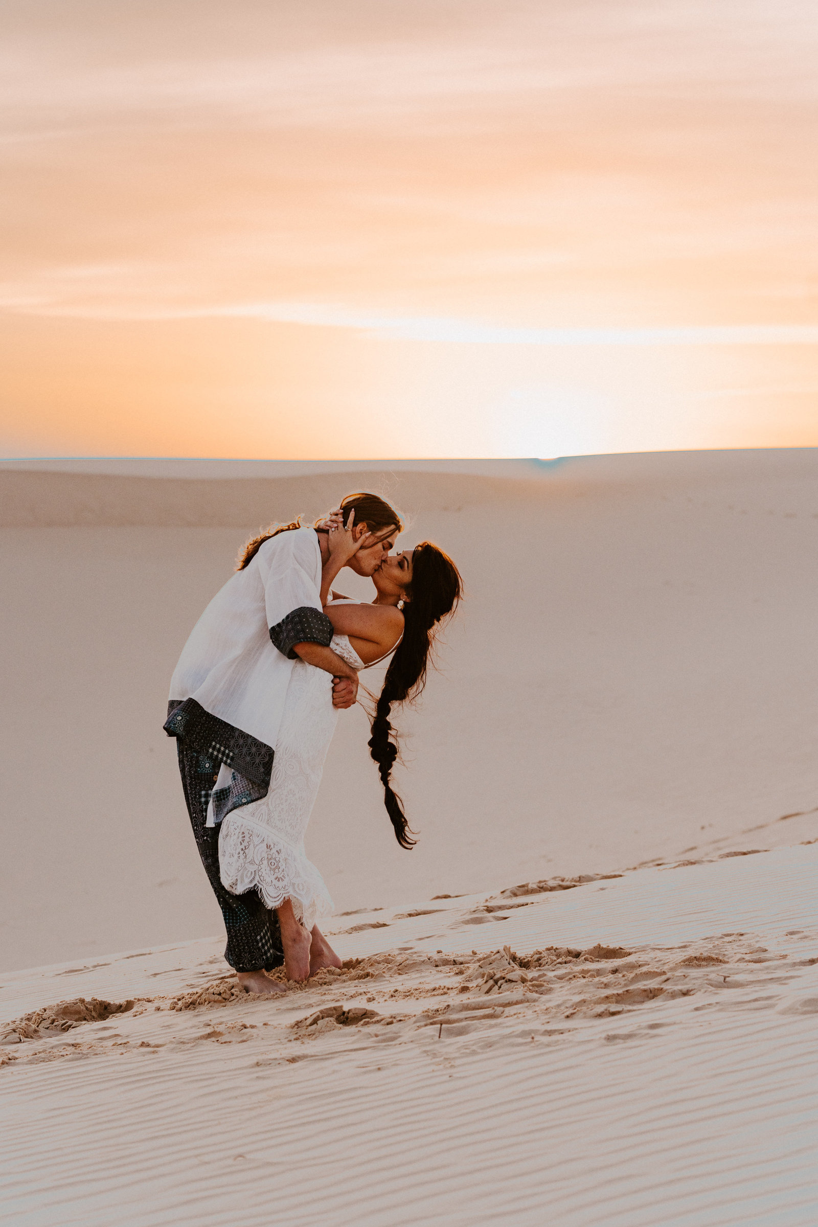 morocco-desert-elopement-adventurous-sand-dunes-monahans-sydney-and-ryan-photography-31