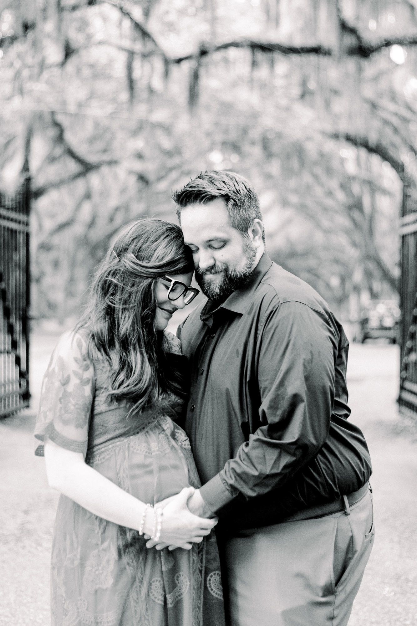 Couples portraits in Historic Savannah, Georgia captured by Staci Addison Photography
