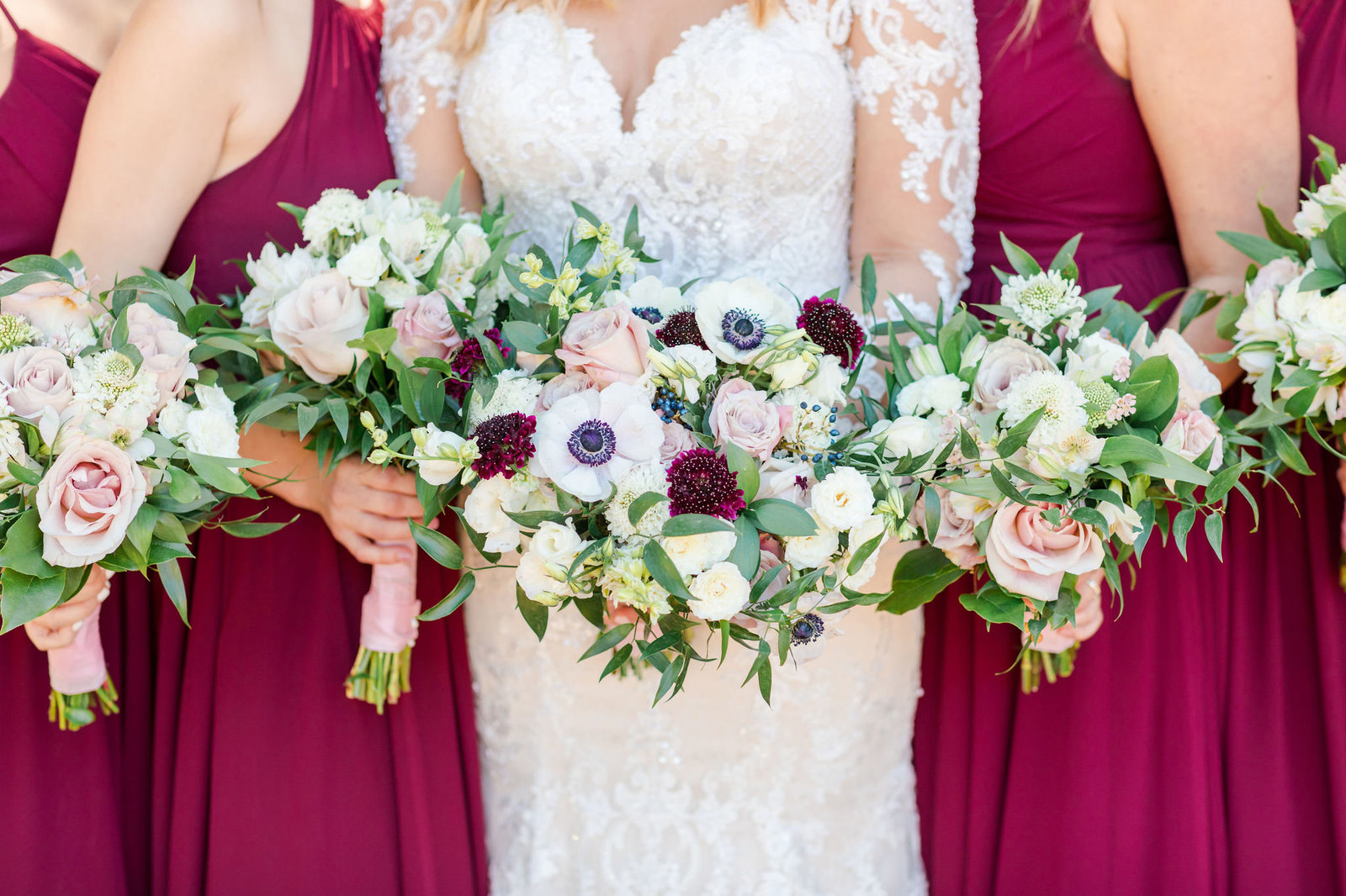 white and burgundy bouquet