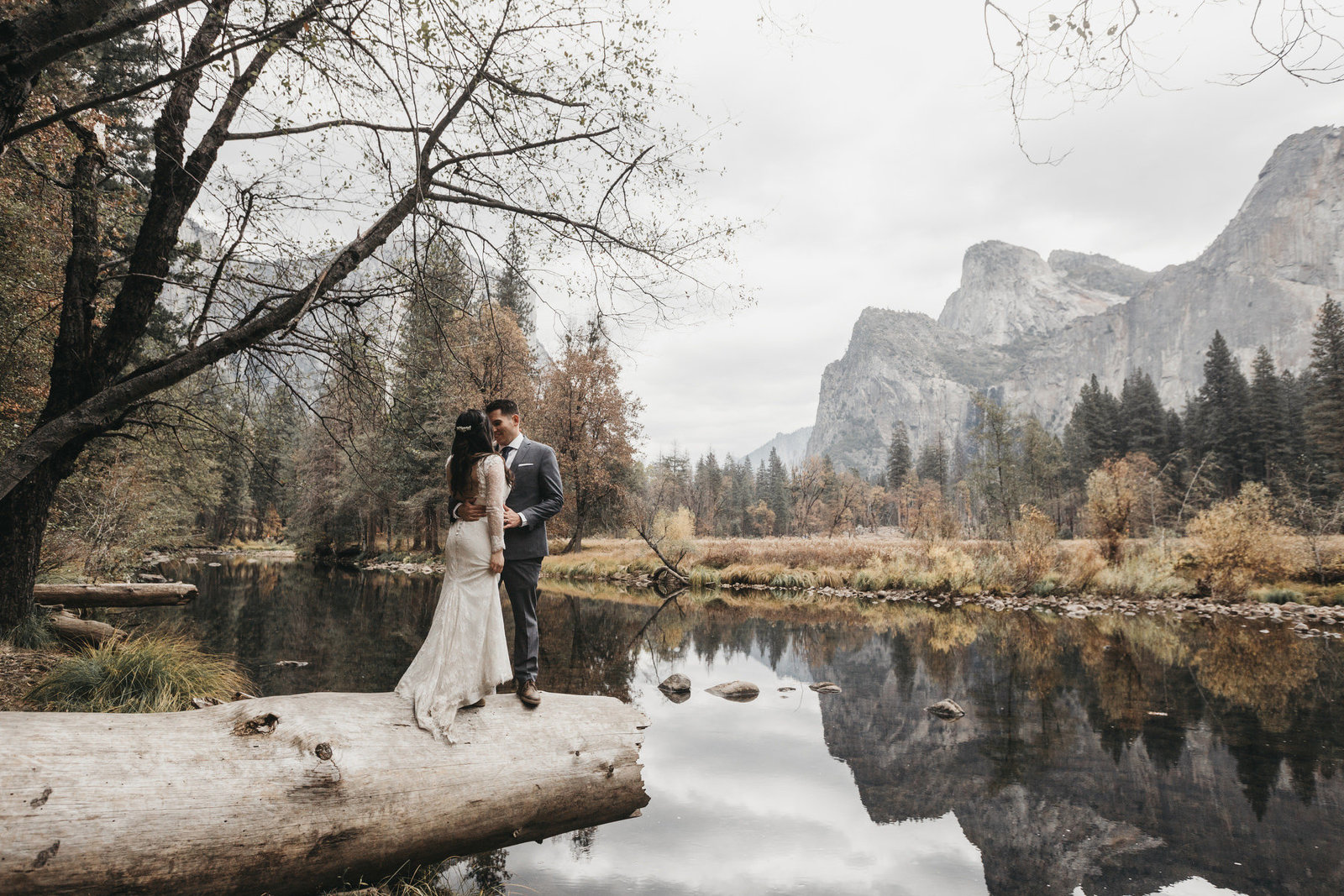 athena-and-camron-yosemite-elopement-wedding-photographer-elegent-valley-wedding35-half-dome-el-capitan-reflection