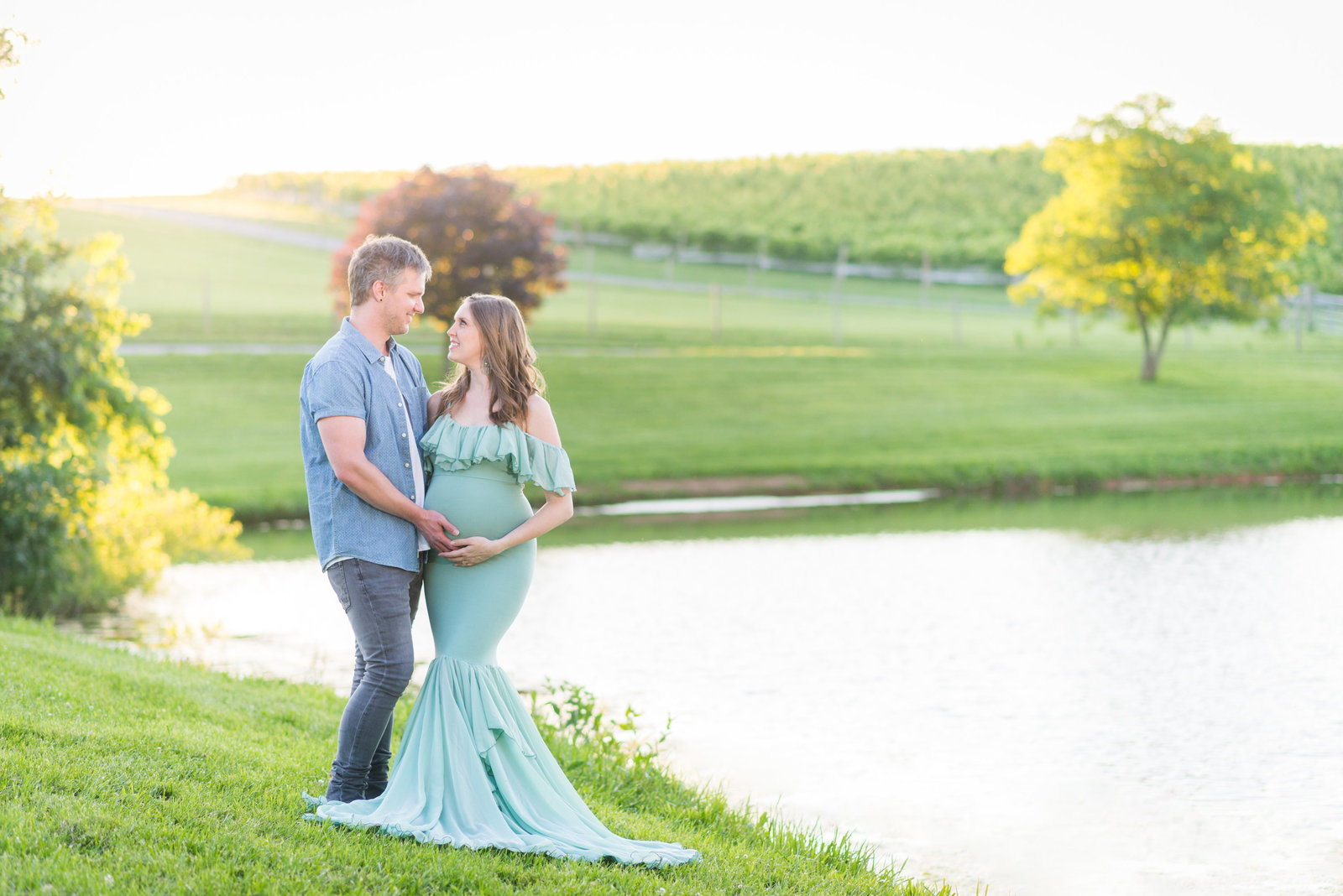 frederick - maryland - maternity - photographer - mary - sarah - photography - sew - trendy - maternity - gowns  (1 of 5)