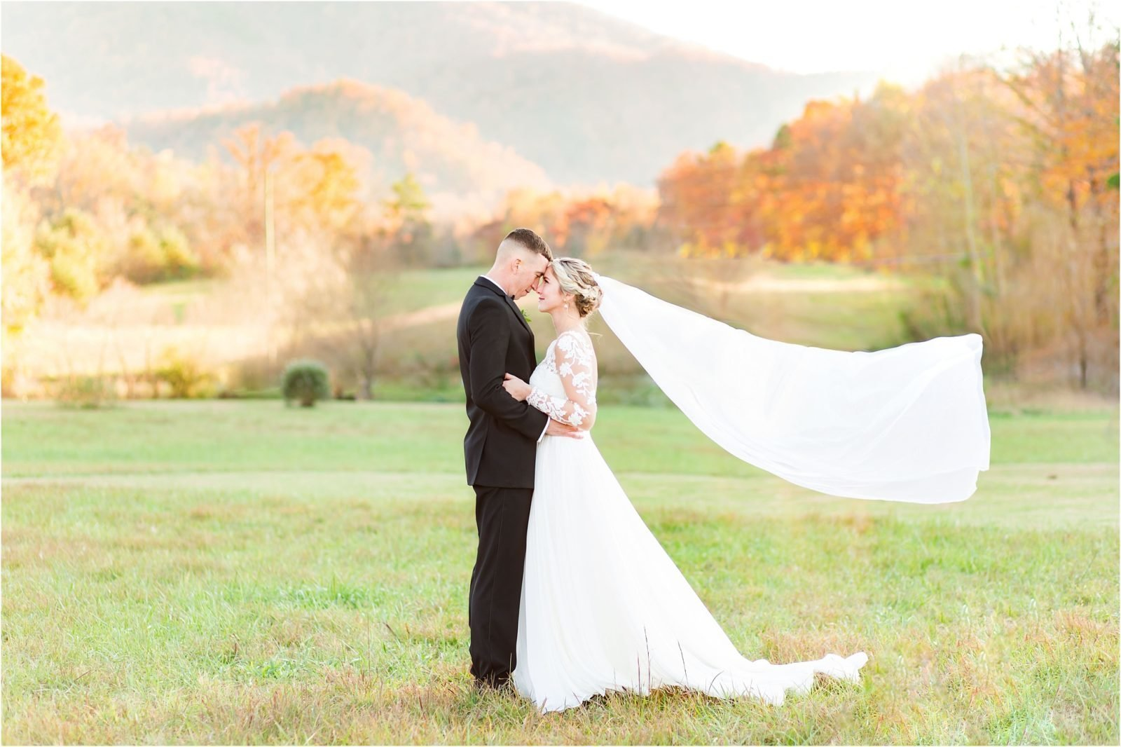 akingslodgeweddingpigeonforgeweddingsmokymountainsweddingmikayleeandian102109