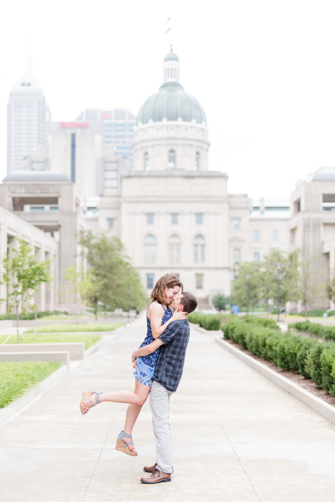 Indianapolis-Canal-Engagement-Pictures 0001