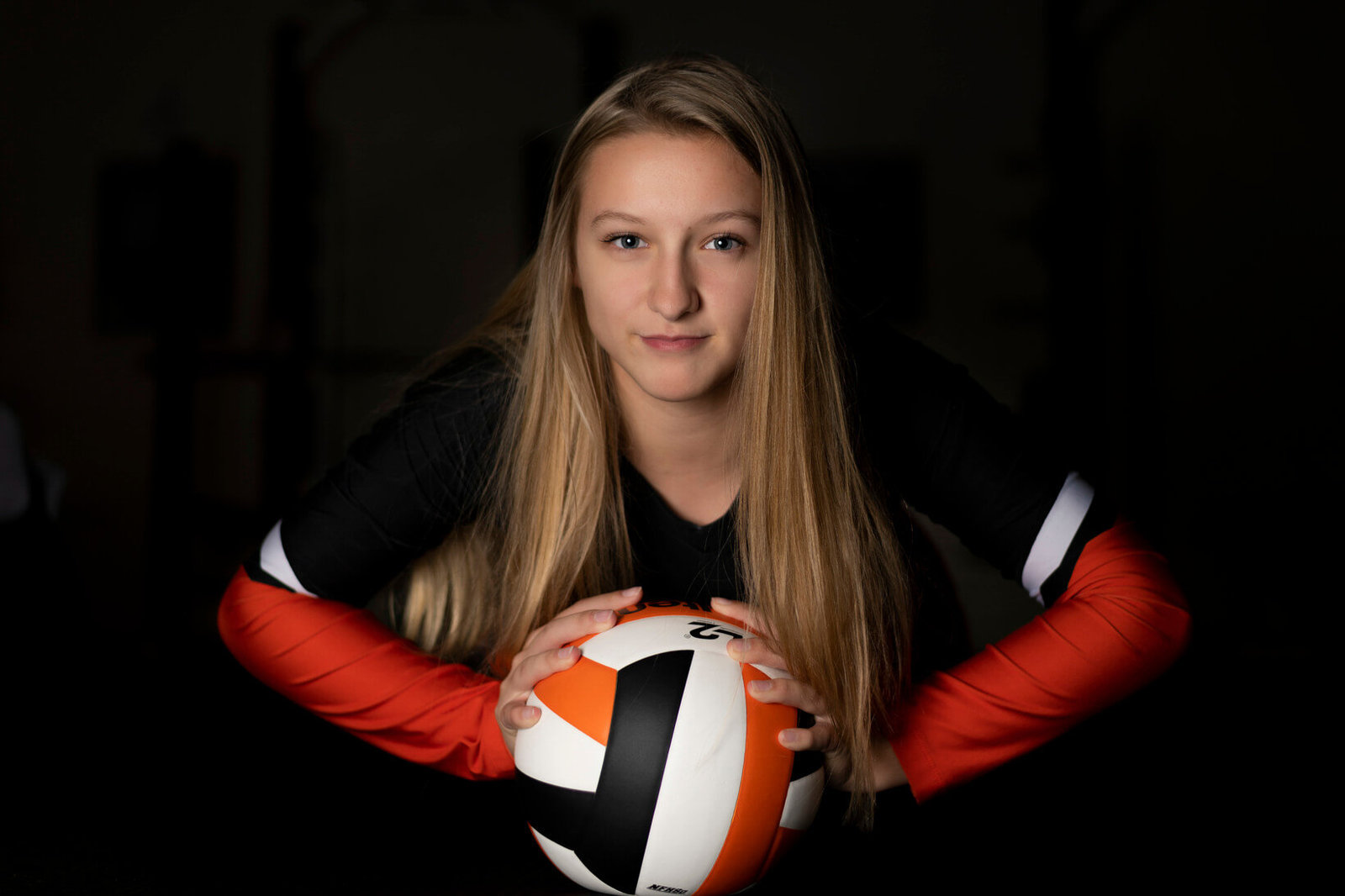 Milwaukee Senior Pictures of Volleyball Player