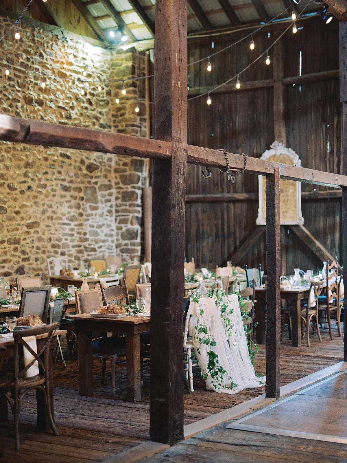 du_soleil_photographie_life'spatina_willowbrook_farm_wedding_christine_david_reception-119_websize