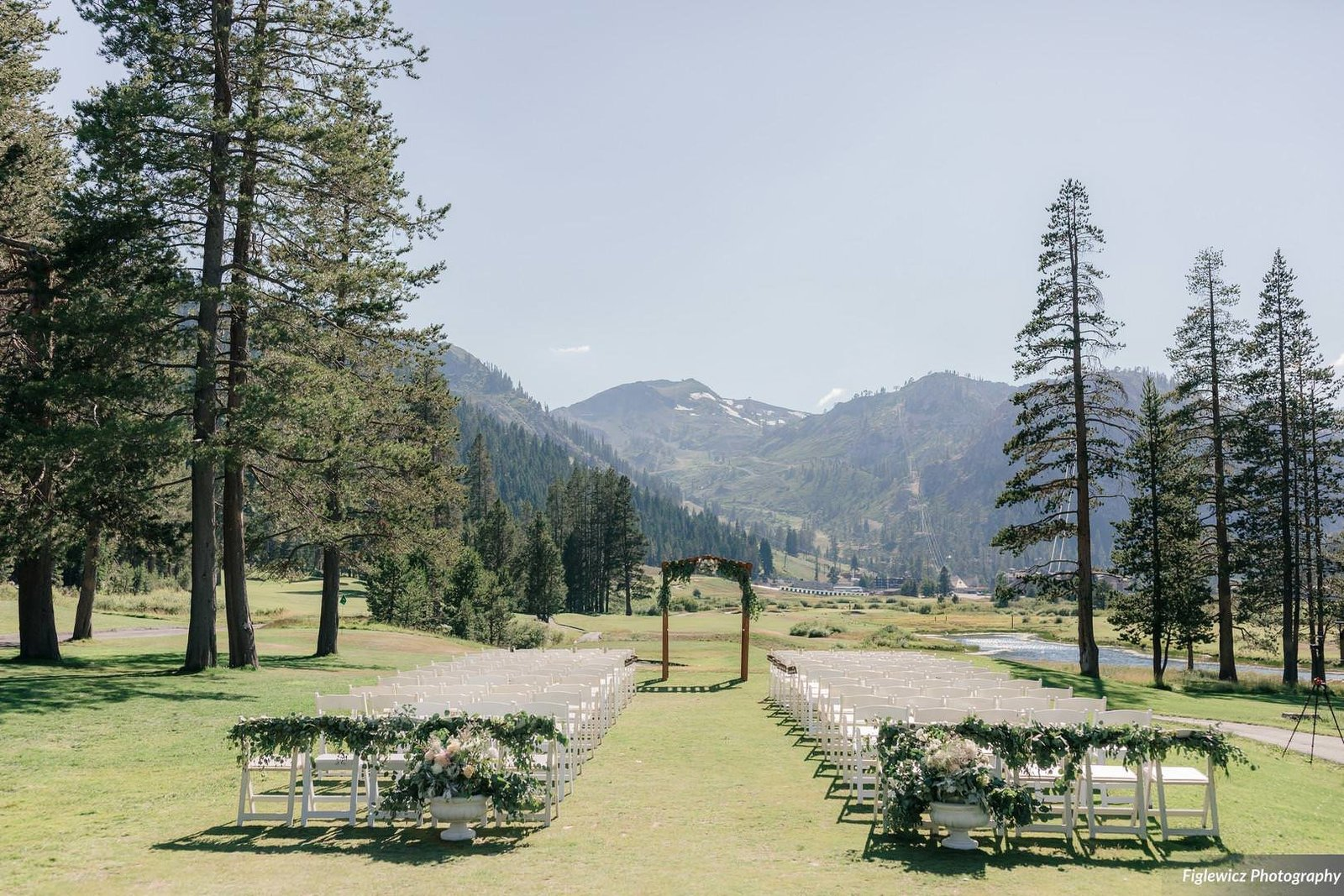 Garden_Tinsley_FiglewiczPhotography_LakeTahoeWeddingSquawValleyCreekTaylorBrendan00075_big