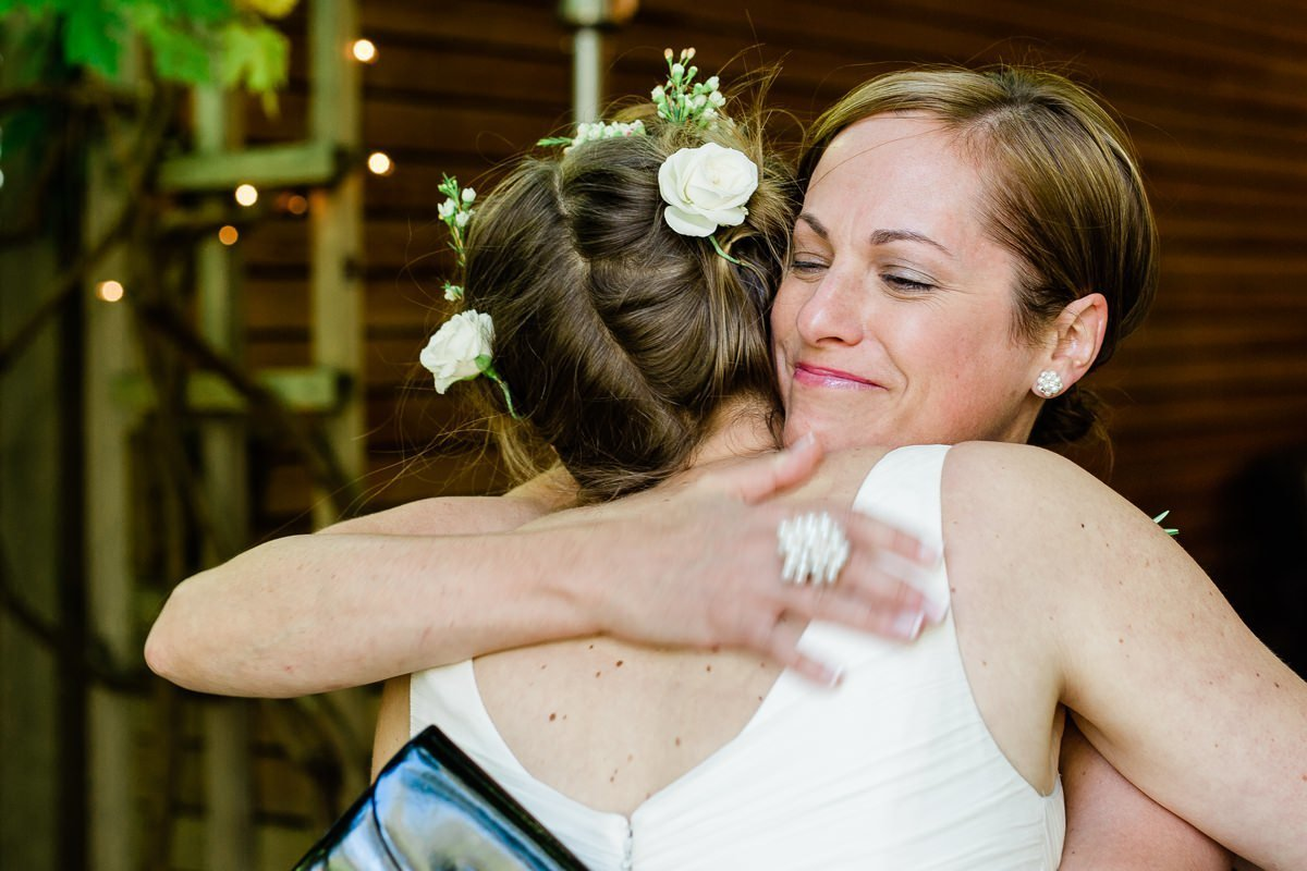 portland-oregon-fresh-candid-wedding-photography-37_1200