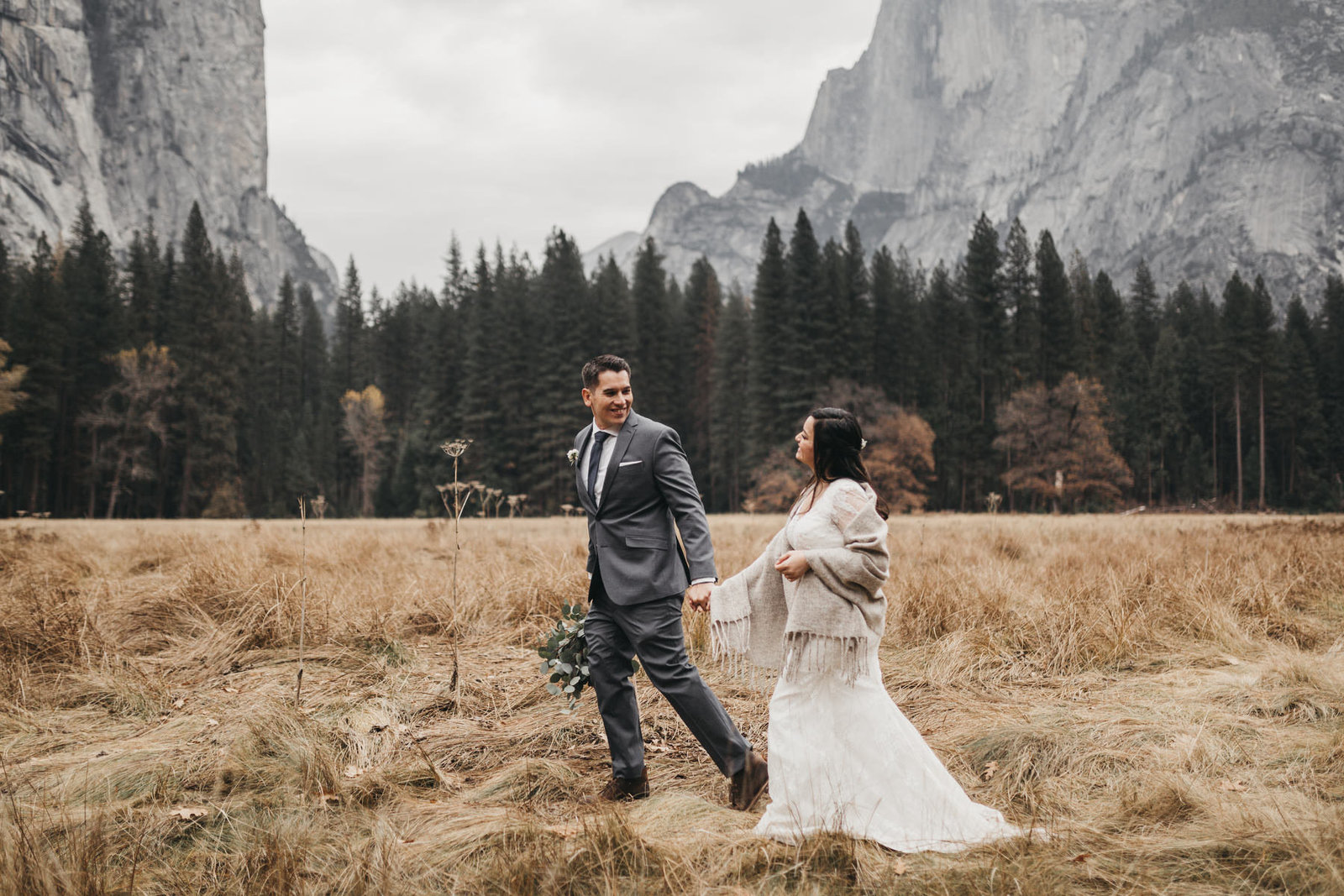 athena-and-camron-yosemite-elopement-wedding-photographer-elegent-valley-wedding39