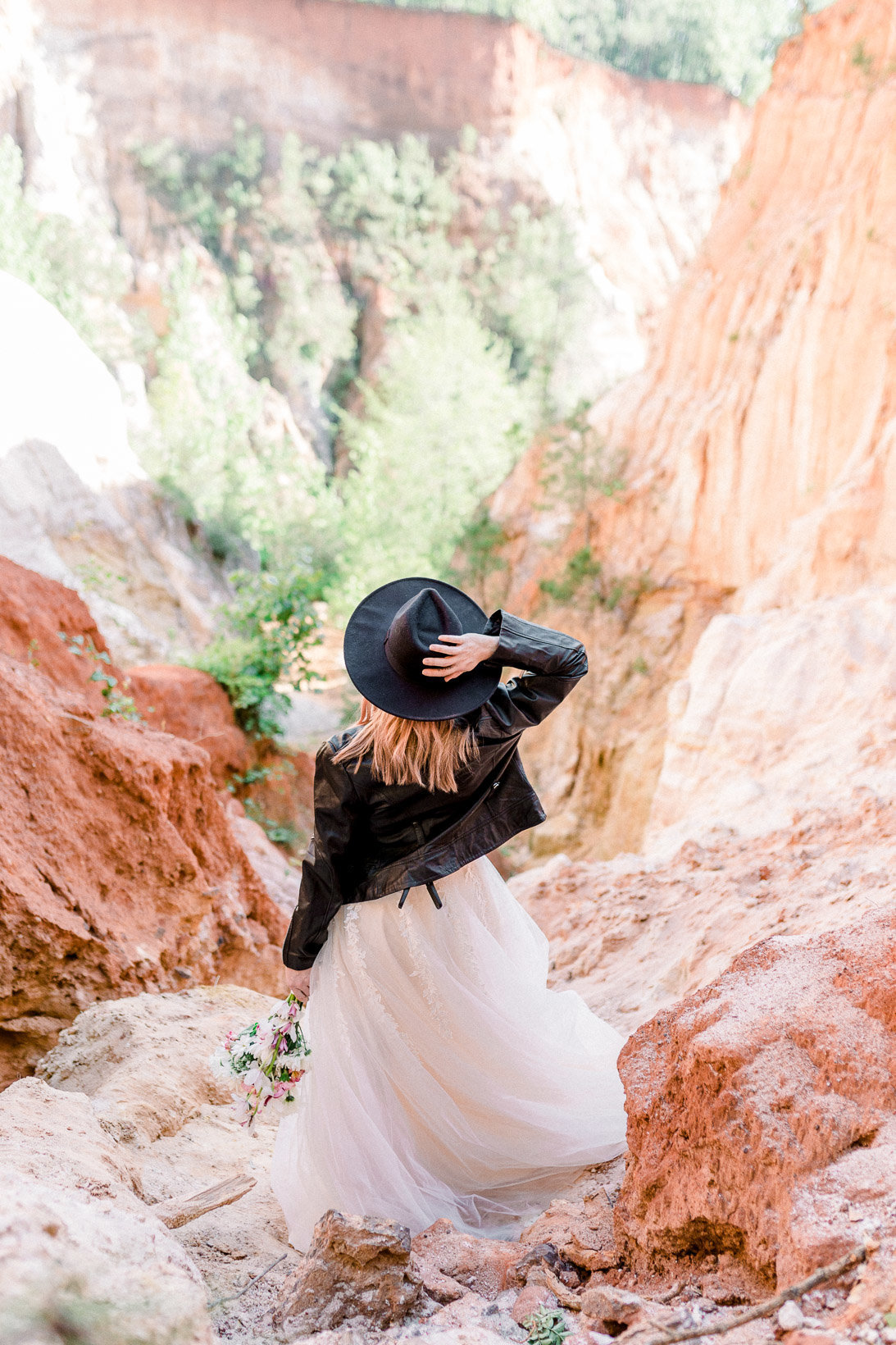 providence-canyon-wedding-elopement-adventure-hiking-georgia-arizona-17