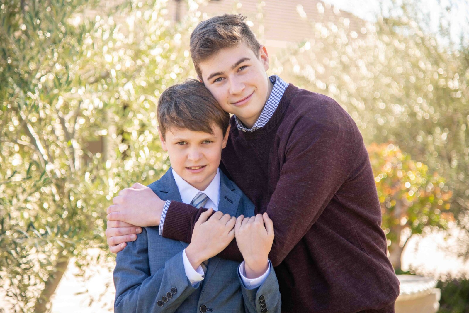Maria-McCarthy-Photography-Bar-Mitzvah-brothers-portrait
