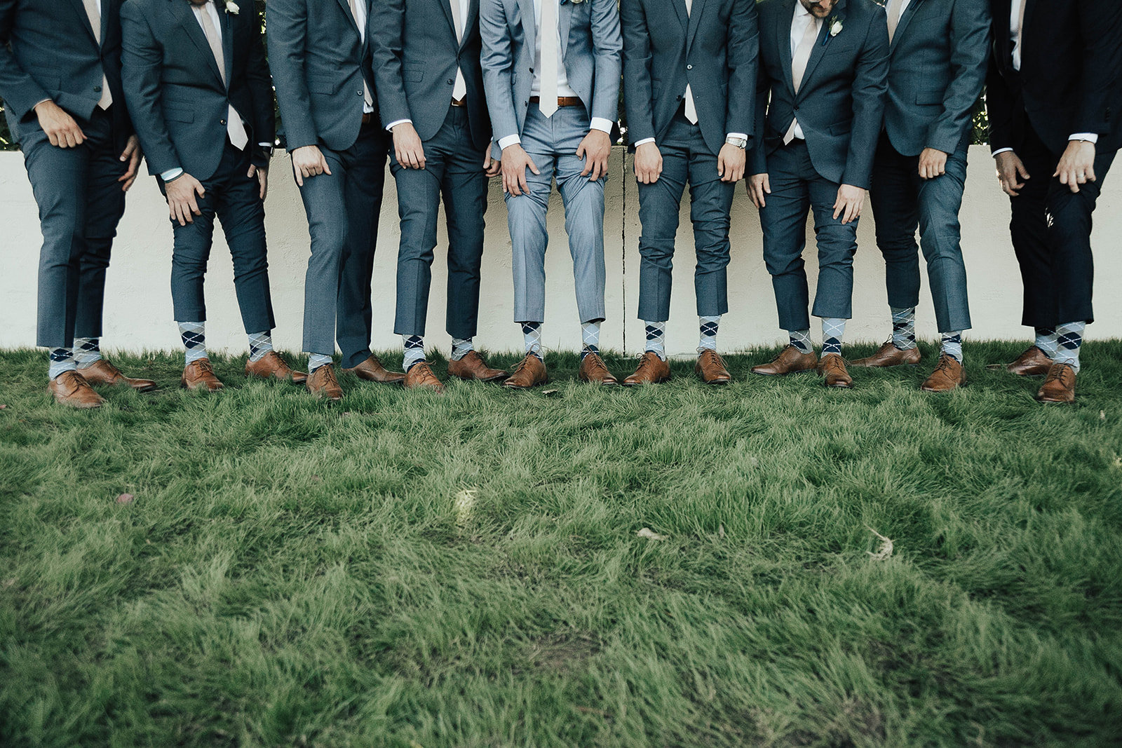groomsmen-socks-tana-hughes-photography-mccormick-ranch-golf-club