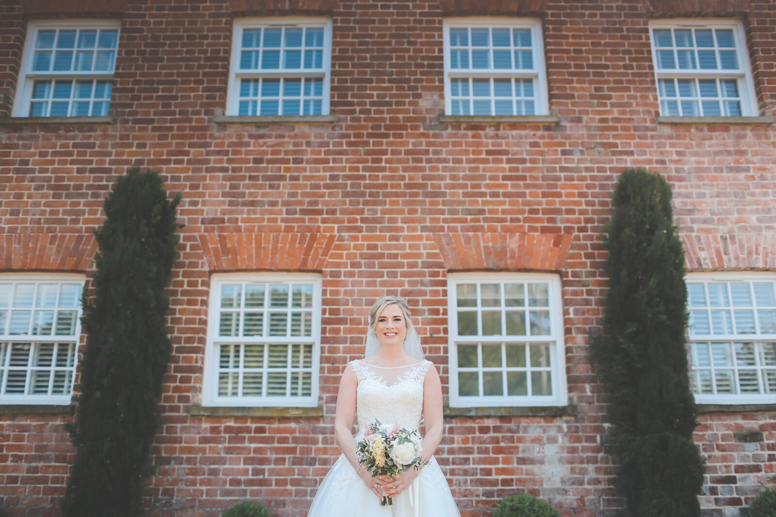 LAINS-BARN-WEDDING-PHOTOGRAPHER-FUN-REALXED-0018