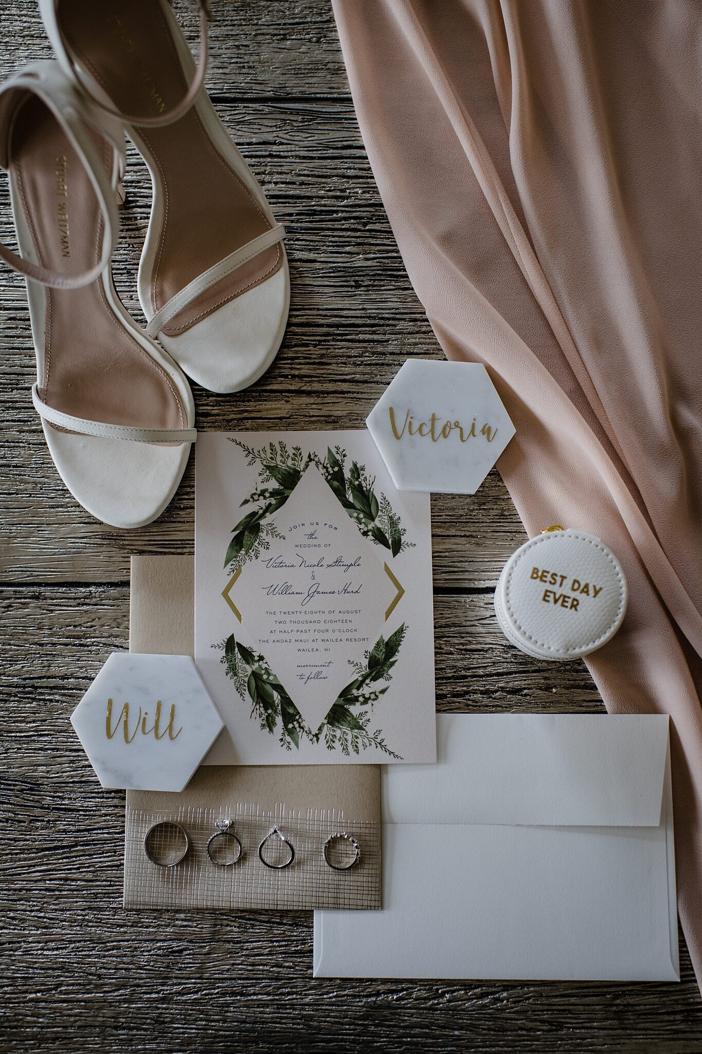 modern elegant wedding details