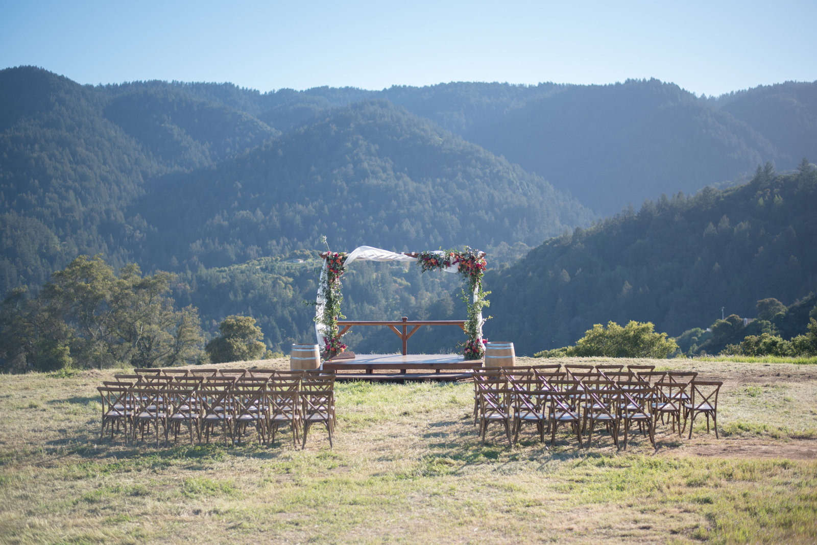 QuiannaMariePhotography-Mt.Winery-TheMeadowBridalEvent-4 (1)