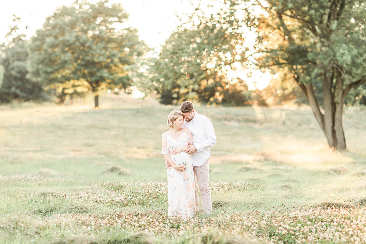 Maternity and Newborn Photography in Canton Ohio