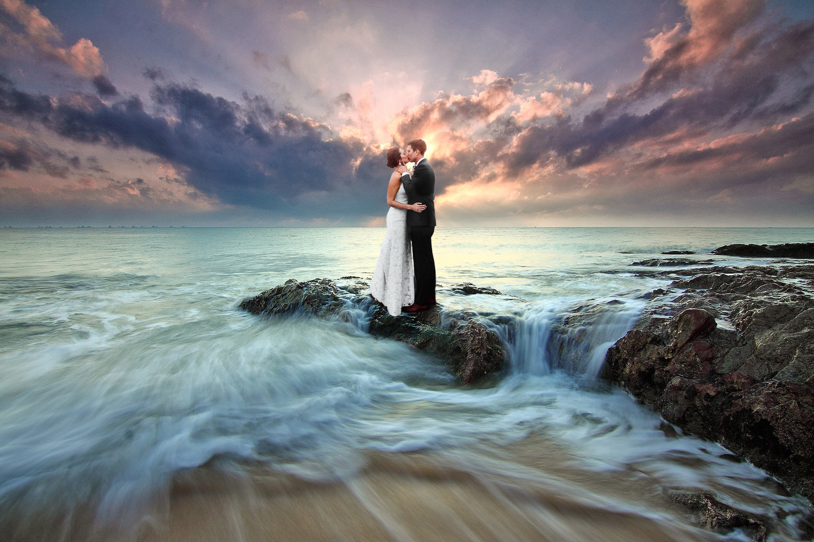 Lovers Beach | Surreal Portrait by Kyle Goldie of Luma Weddings