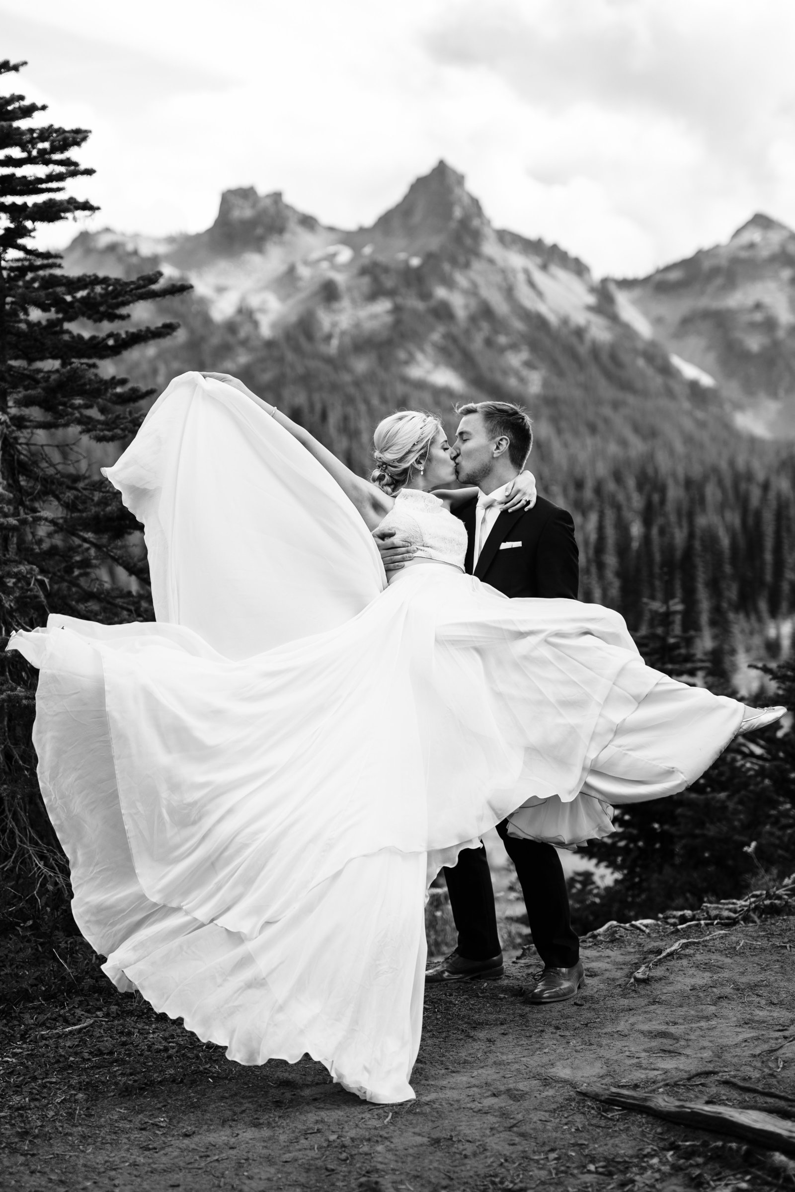 mount-rainier-national-park-elopement-cameron-zegers-photographer-seattle-176