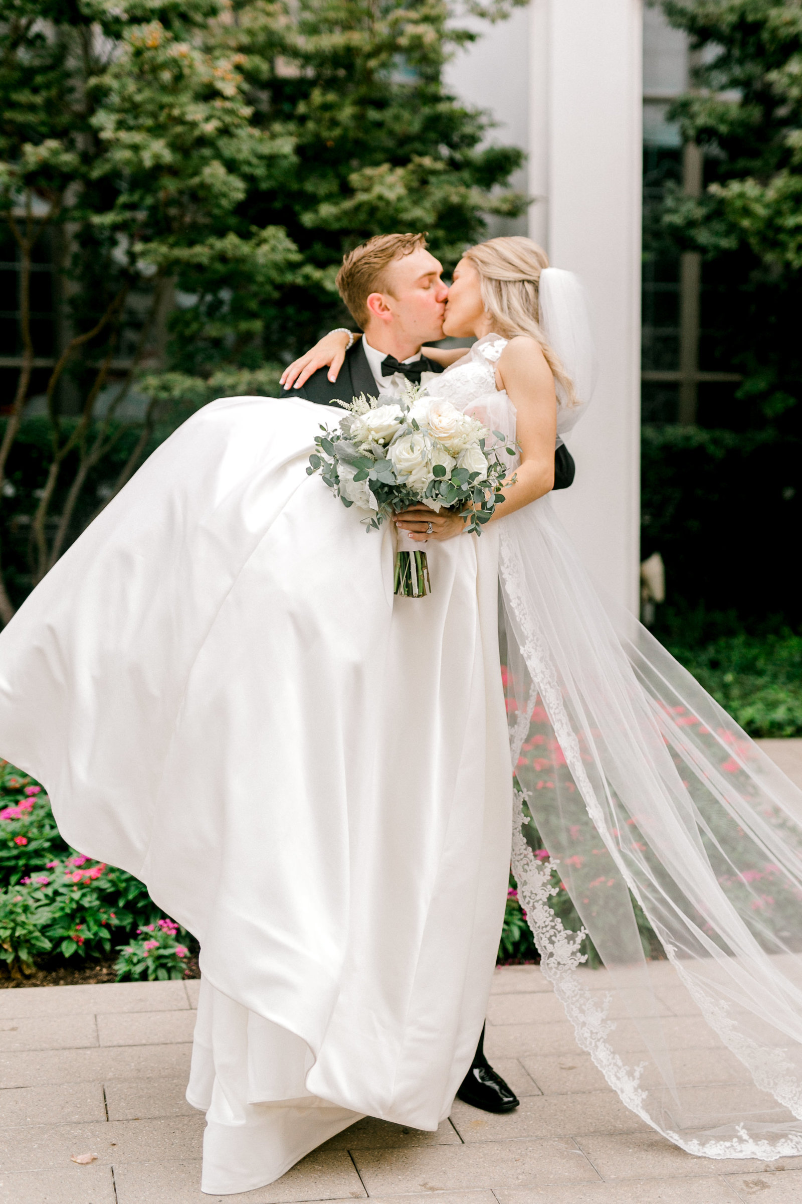Brooke-and-Cody-Wedding-by-Emily-Nicole-Photo-776
