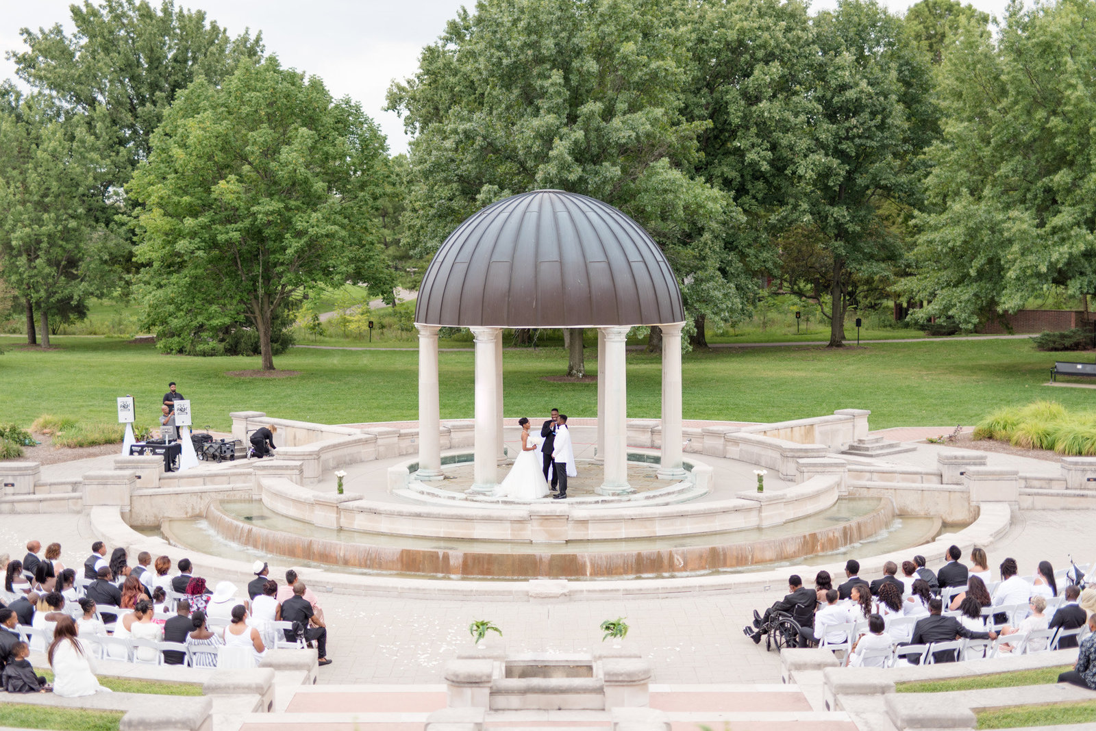 Coxhall-Gardens-Wedding-Indianapolis-Ritz-Charles 0009
